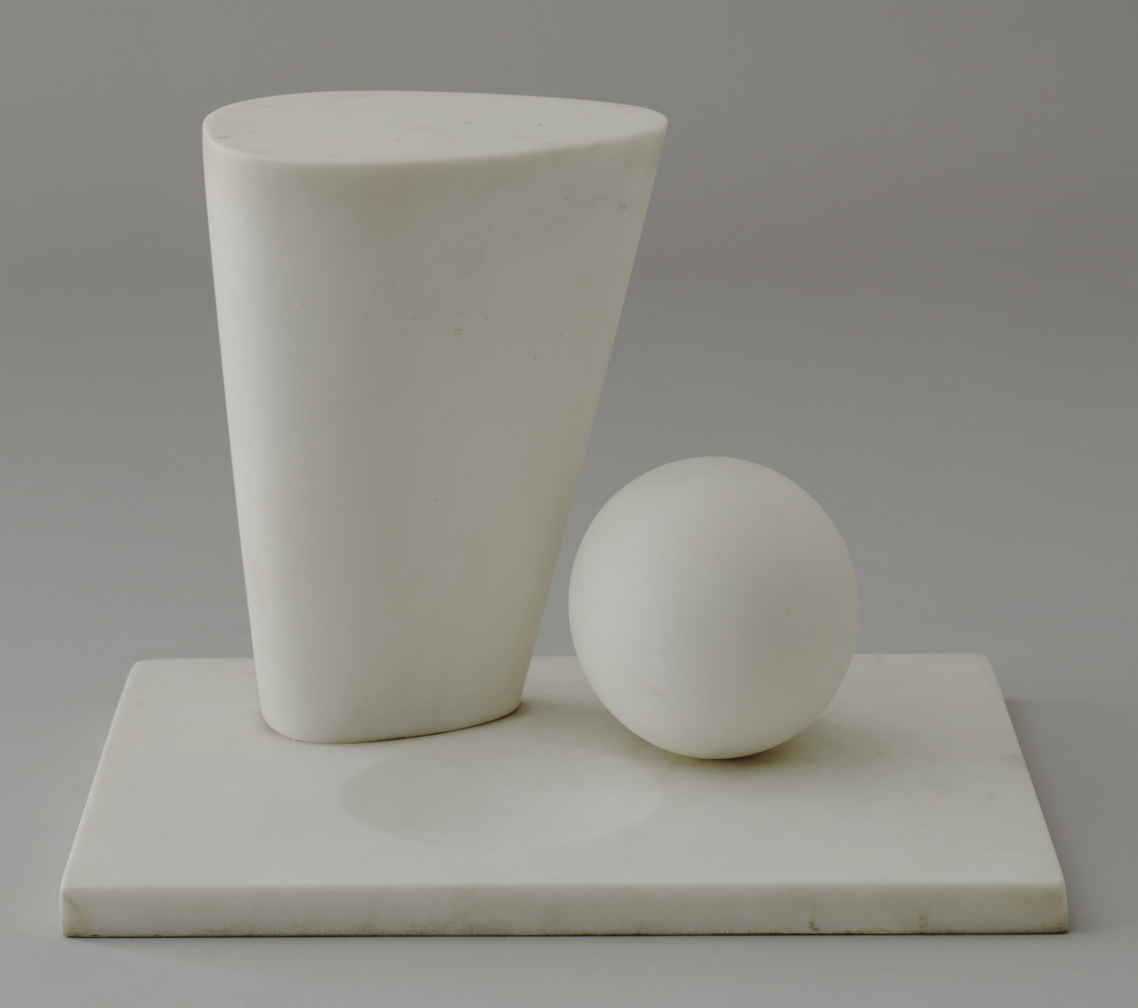 Barbara Hepworth. Conoid, Sphere and Hollow. 1937