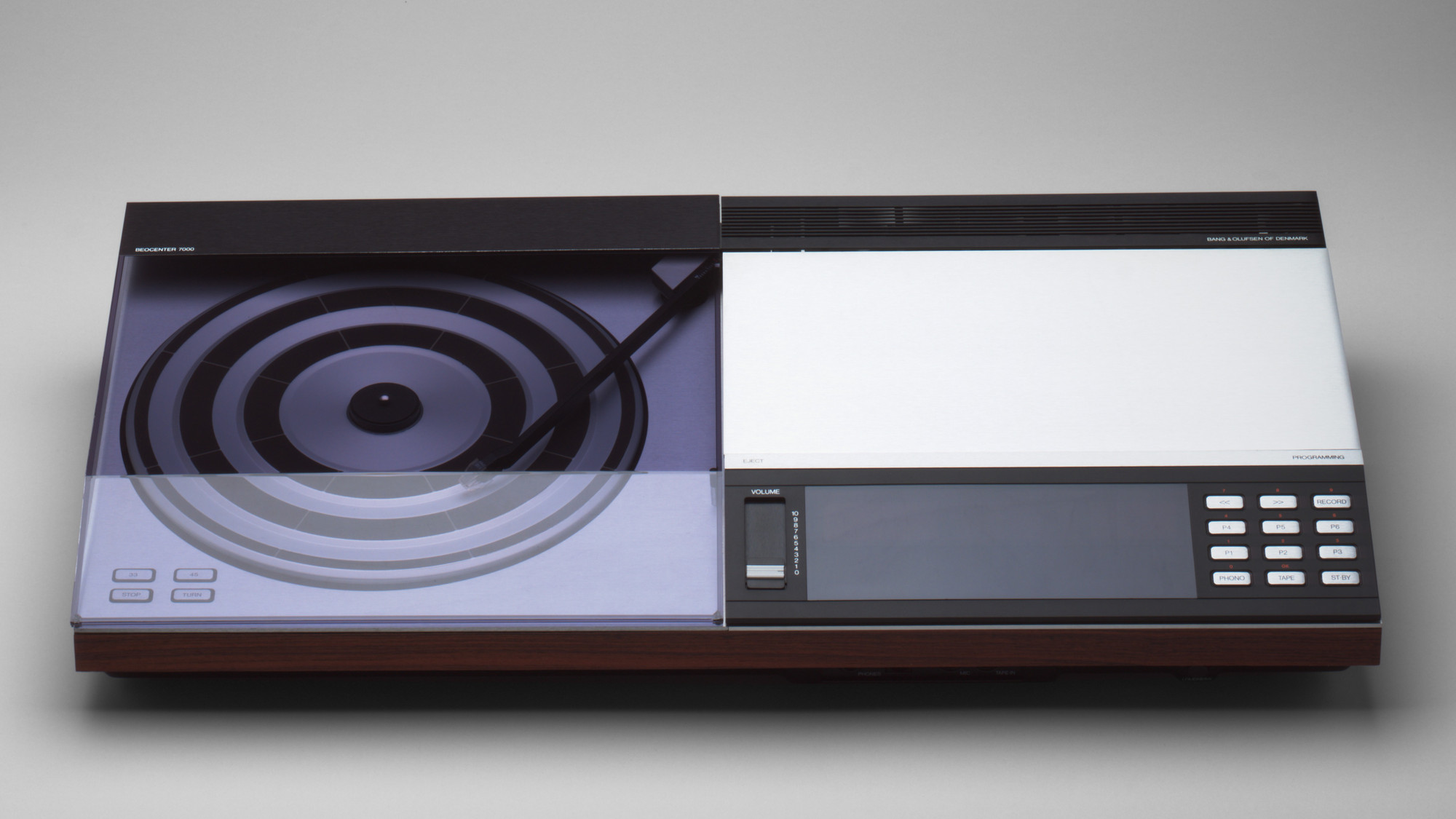 Jacob Jensen. Beocenter 7000 Radio-Turntable-Cassette Combination. 1979