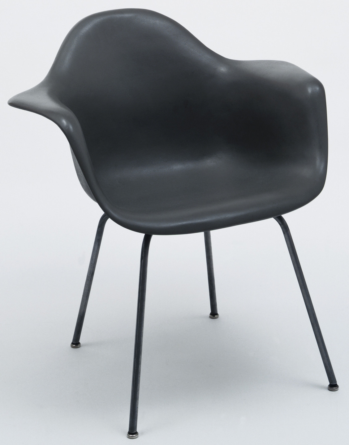 Charles Eames, Ray Eames, University of California Los Angeles Team. Prototype for Armchair. 1948