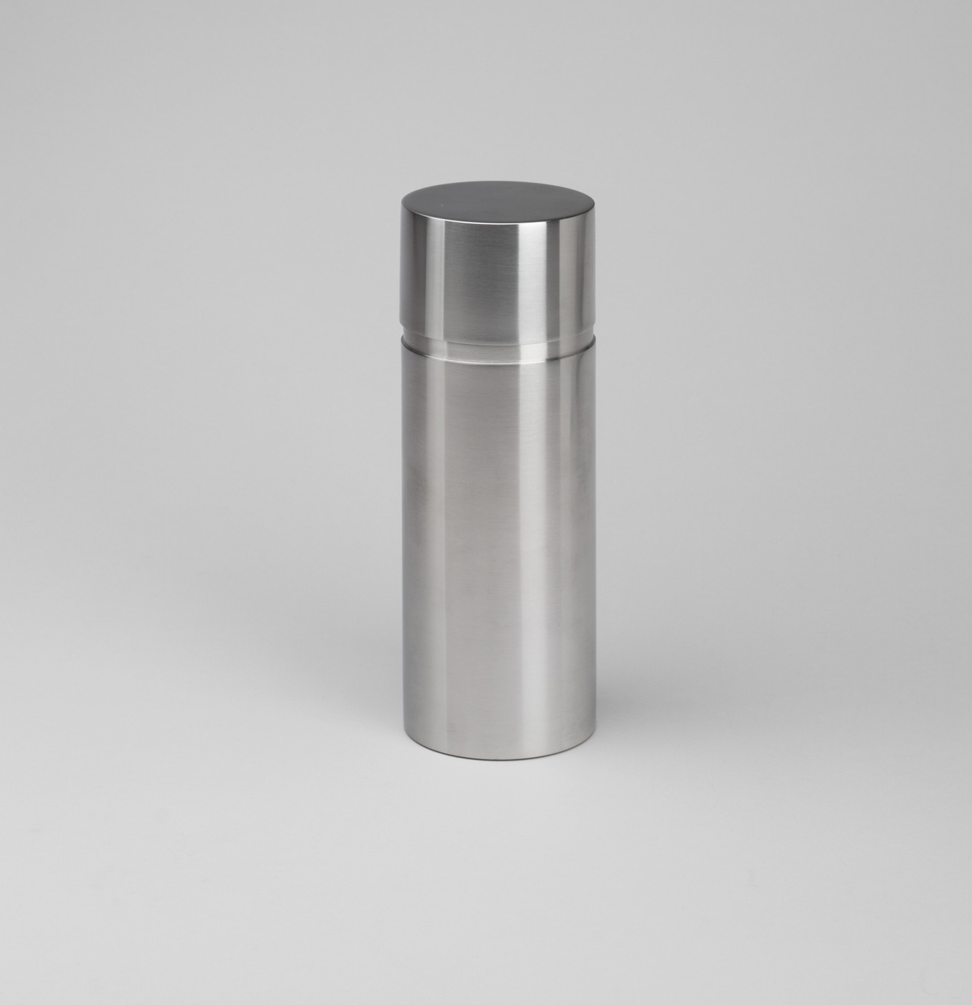 Arne Jacobsen. Cylinda Cocktail Shaker. 1964