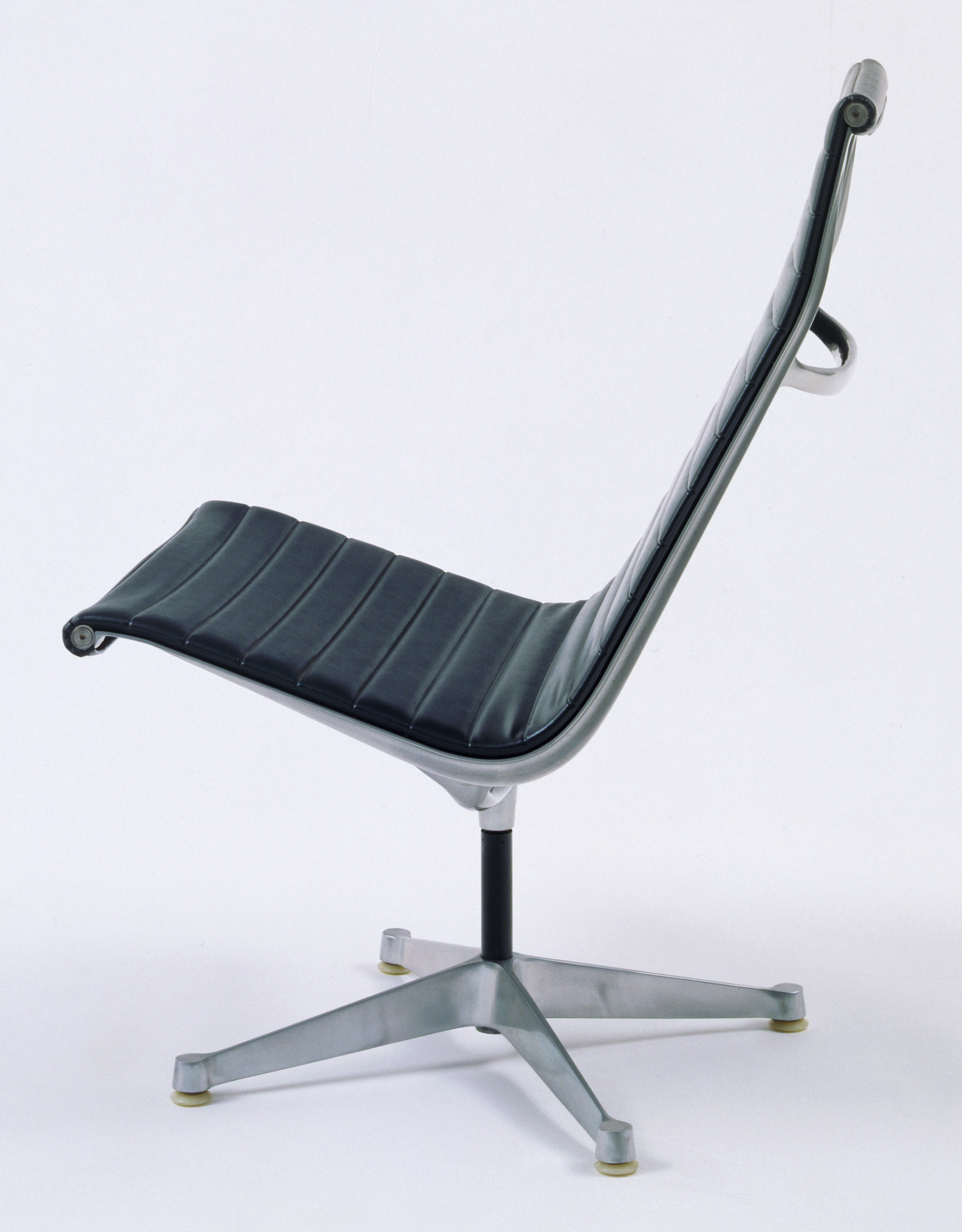 charles eames lounge chair moma eames lounge chair moma new ourso