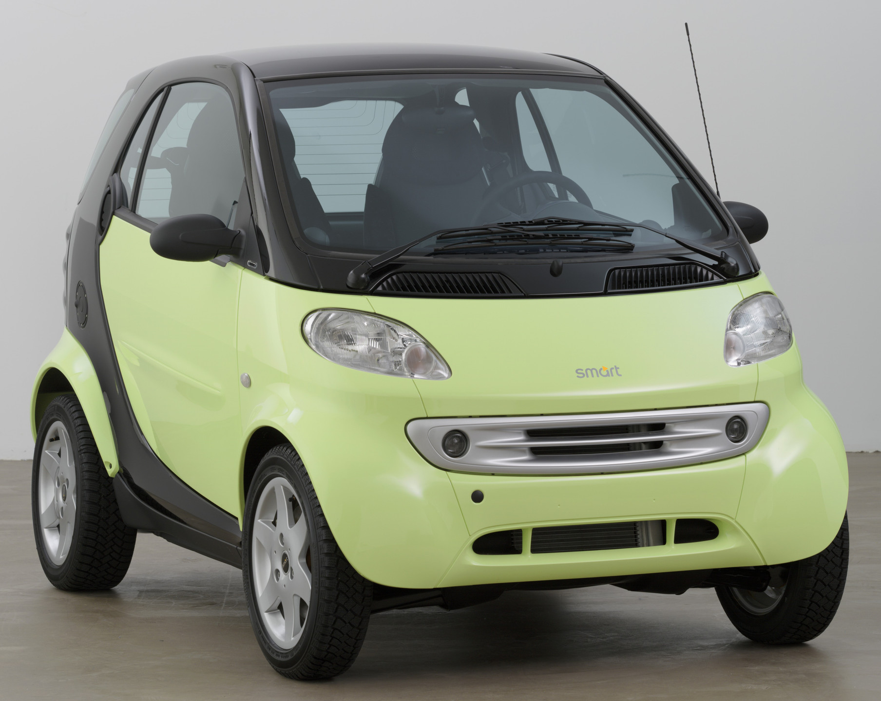 "Micro Compact Car Smart GmbH, Renningen, Germany, and Hambach, France. Smart Car (""Smart & Pulse"" Coupé). 1998"