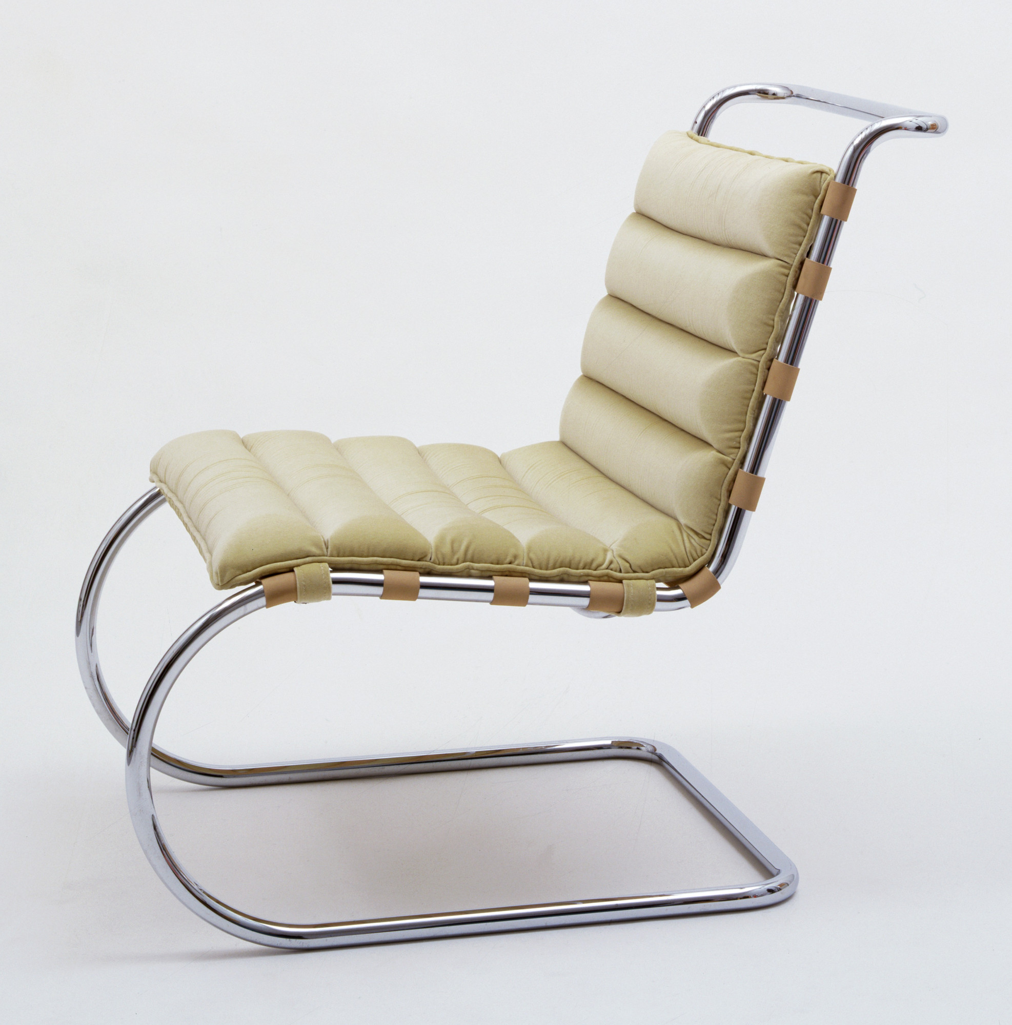 Strange Ludwig Mies Van Der Rohe Mr Lounge Chair Model 34 Squirreltailoven Fun Painted Chair Ideas Images Squirreltailovenorg