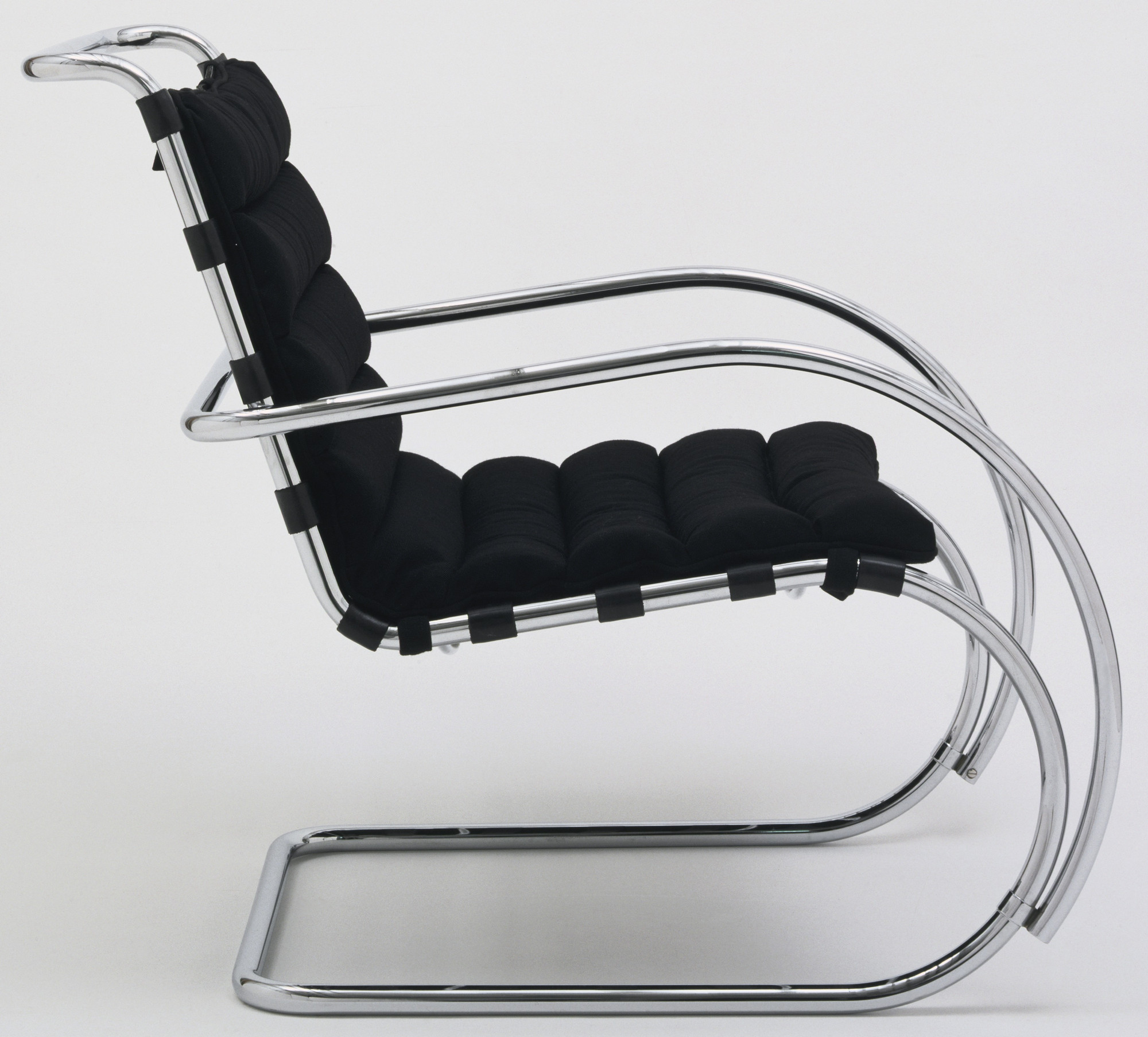 Excellent Ludwig Mies Van Der Rohe Mr Lounge Chair Model 44 Squirreltailoven Fun Painted Chair Ideas Images Squirreltailovenorg