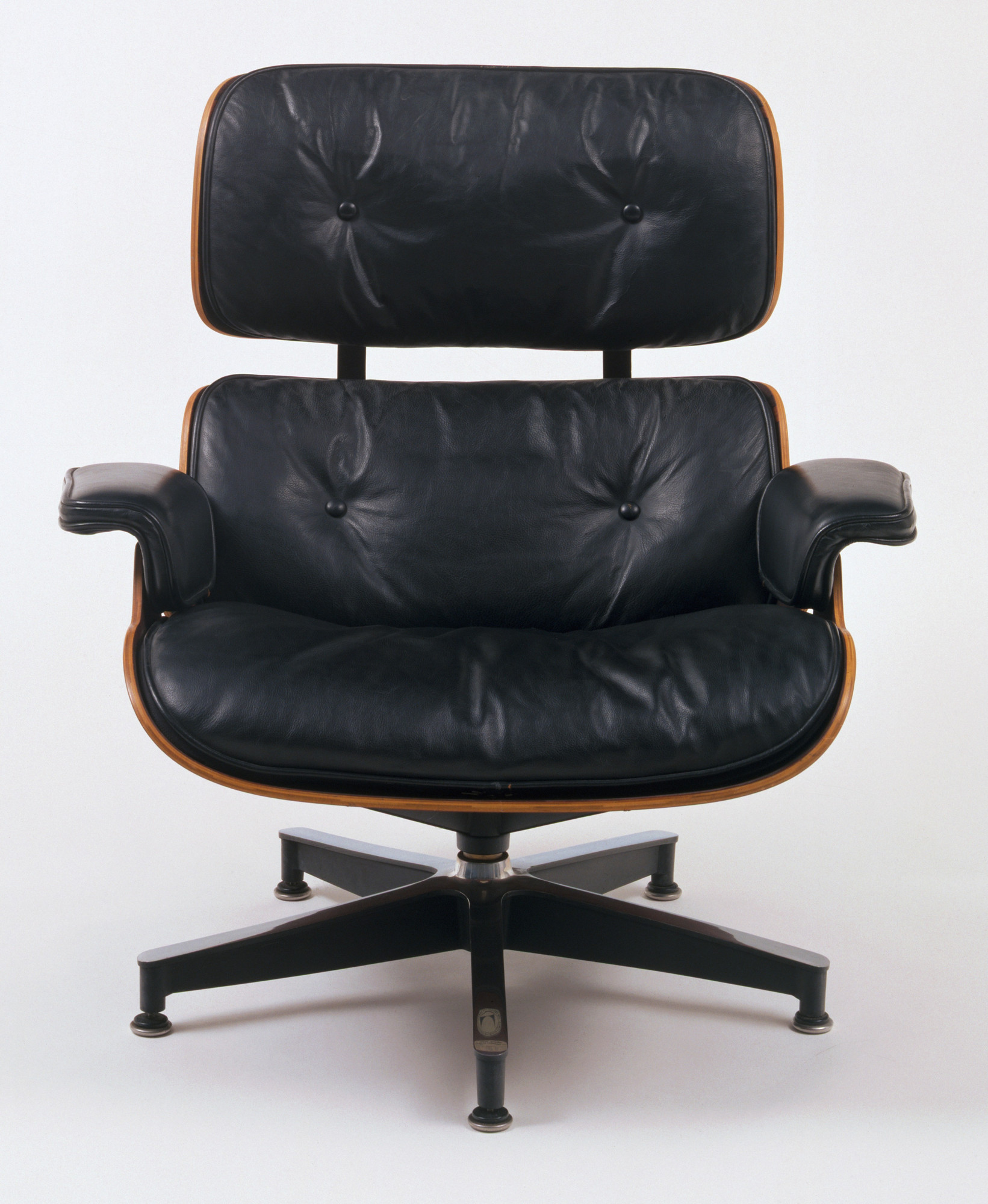 Incredible Charles Eames Ray Eames Lounge Chair And Ottoman 1956 Moma Machost Co Dining Chair Design Ideas Machostcouk