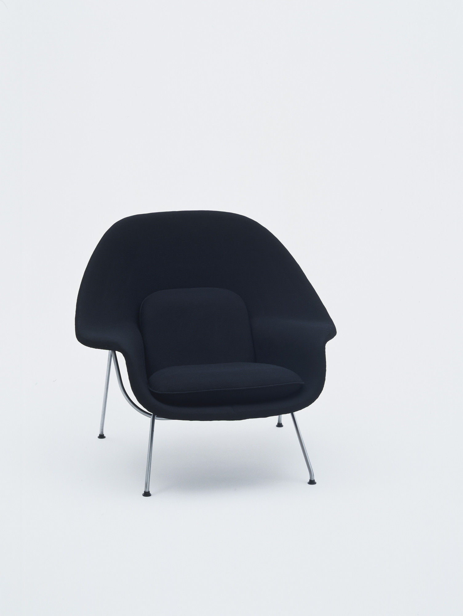art blue eei furnishing dark eero chair but products womb urbane