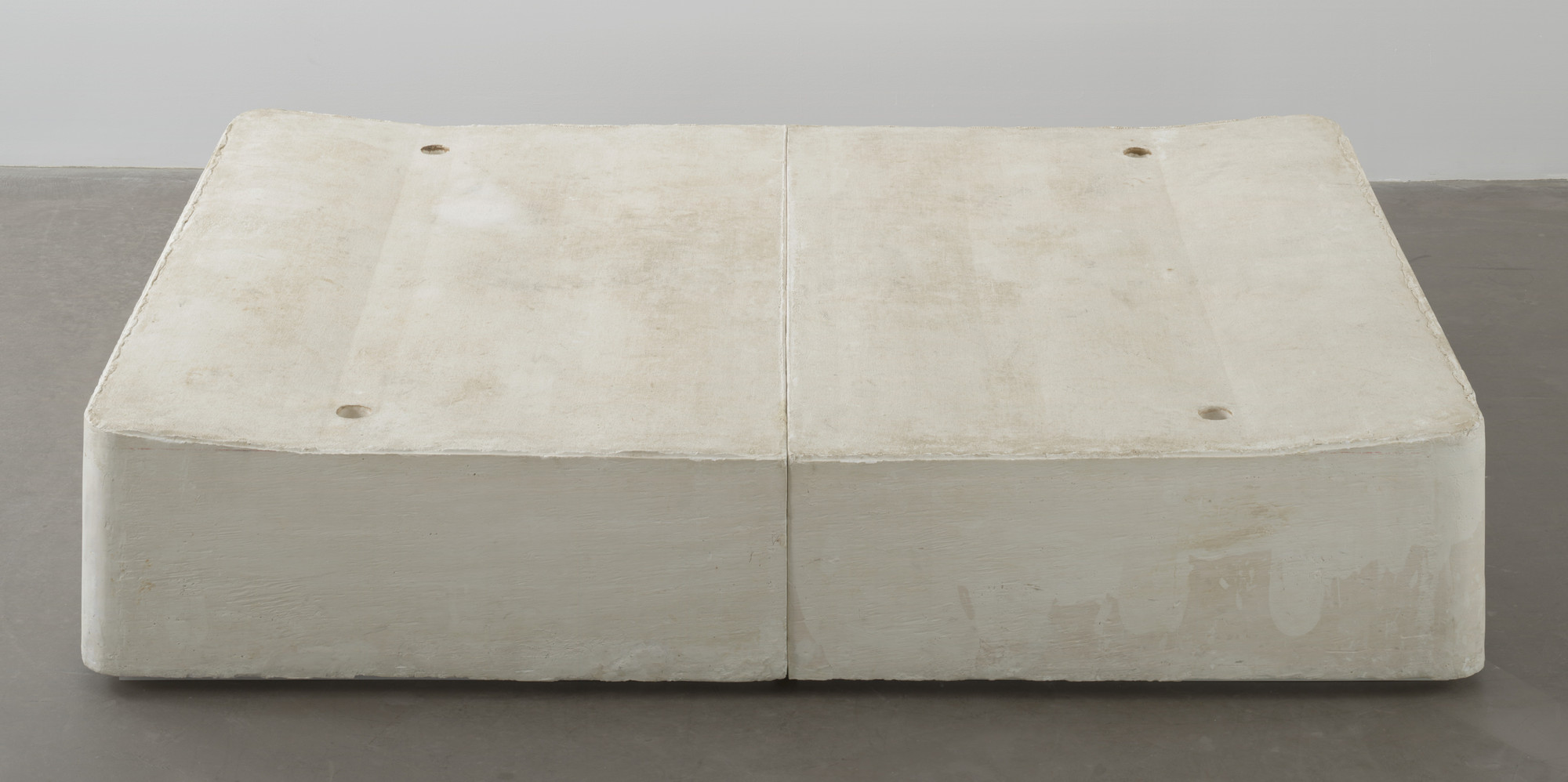 Rachel Whiteread. Untitled (Bed). 1991