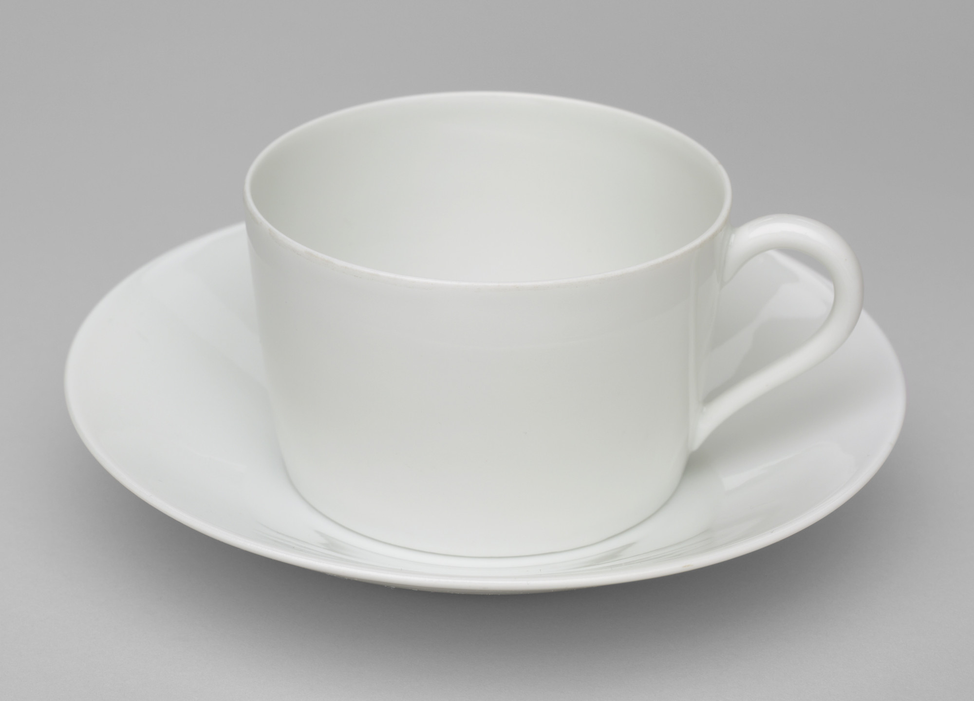 André Giraud & Brousseau, Limoges, France. Cup and Saucer. Before 1953