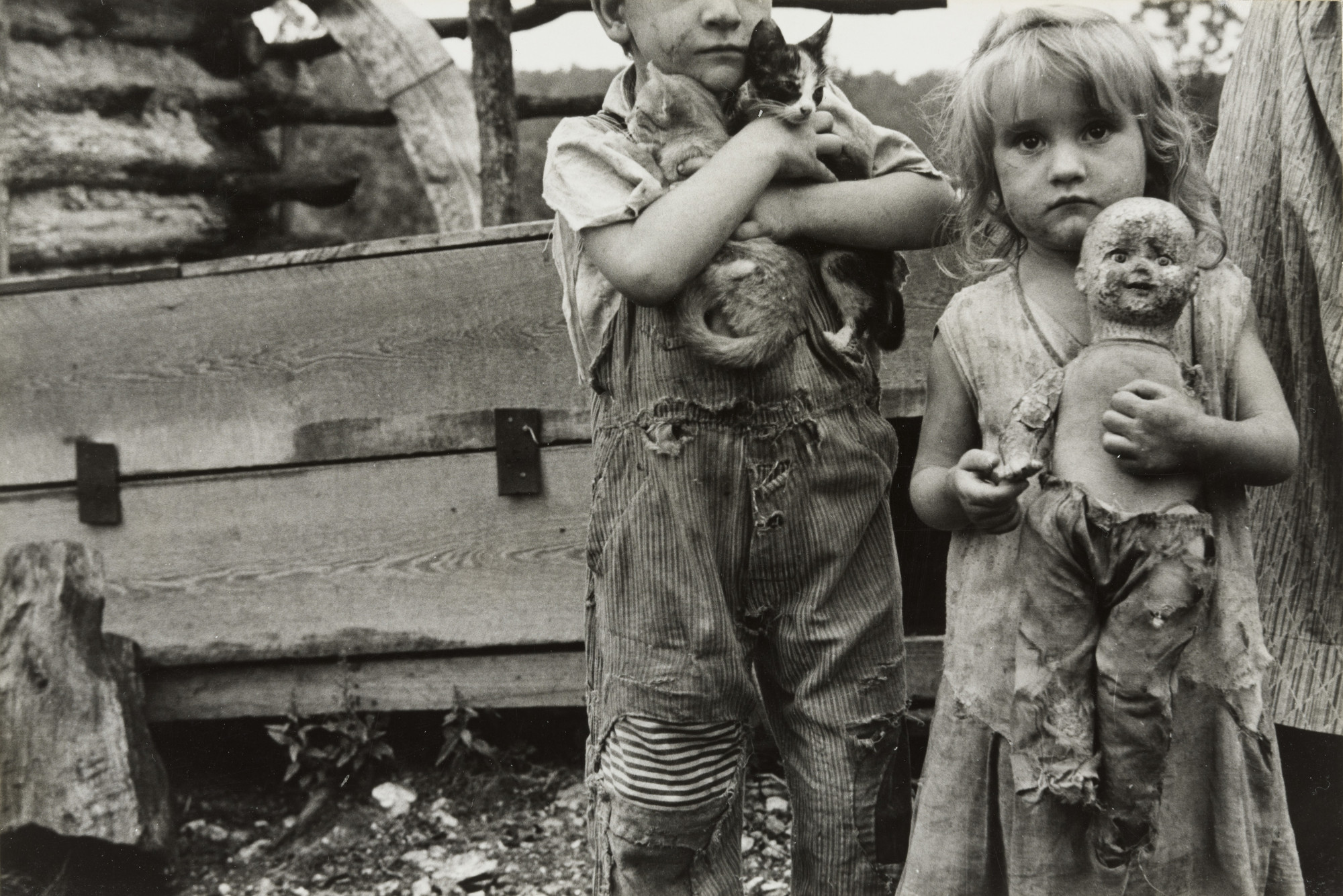 Ben Shahn. Children of Destitute Mountaineer, Arkansas. 1935