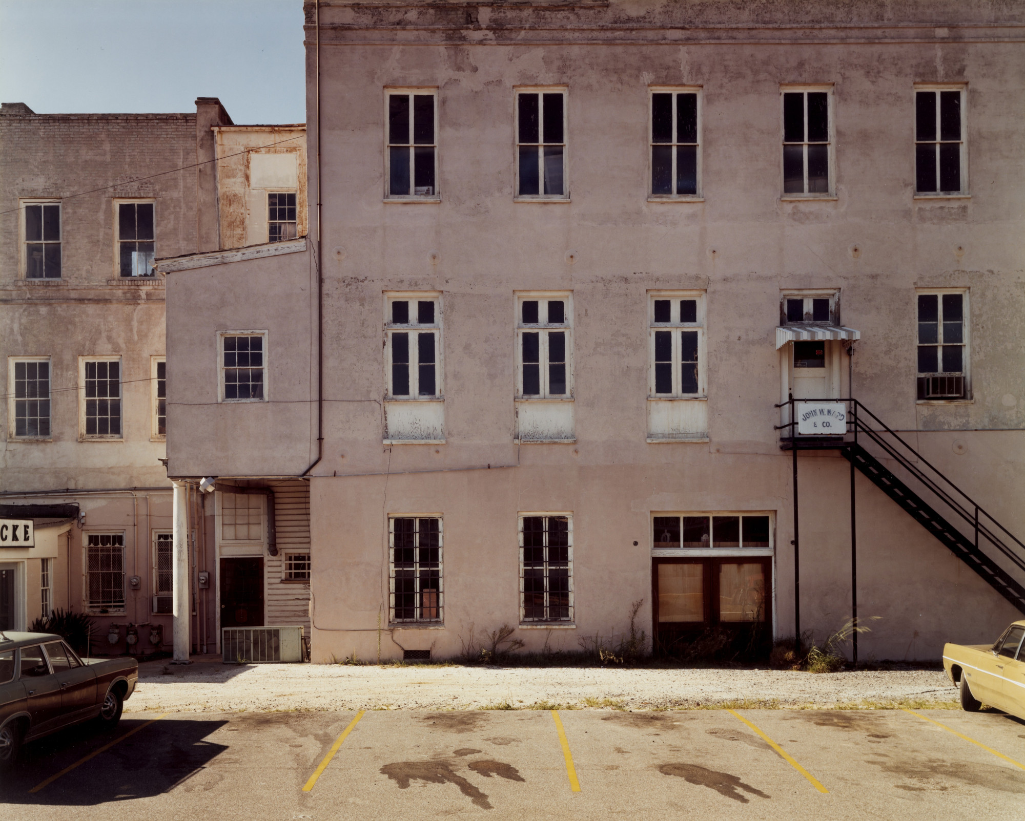 Stephen Shore. Meeting Street, Charleston, South Carolina, August 3, 1975. 1975