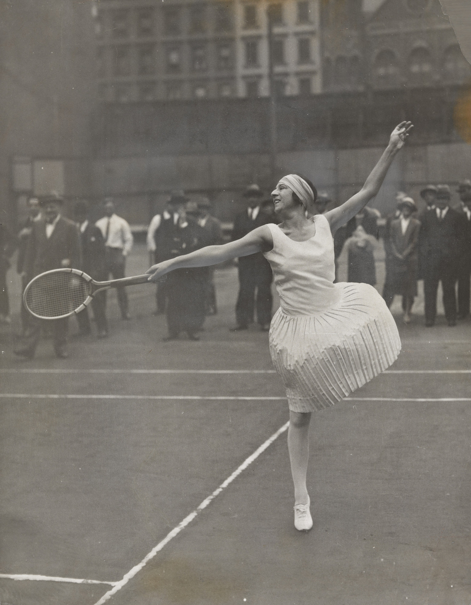 "Times Wide World Photos. ""Suzanne Lenglen, Professional"". October 1926"