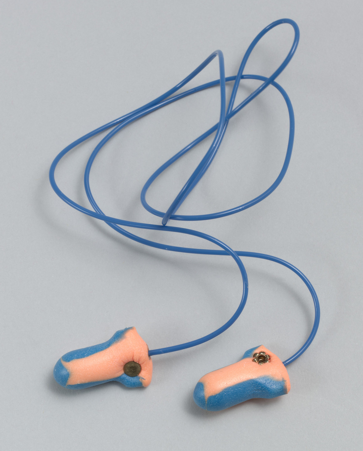 Thomas W. Fleming. Laser-Trak Single-Use Detectable Earplug. 1997