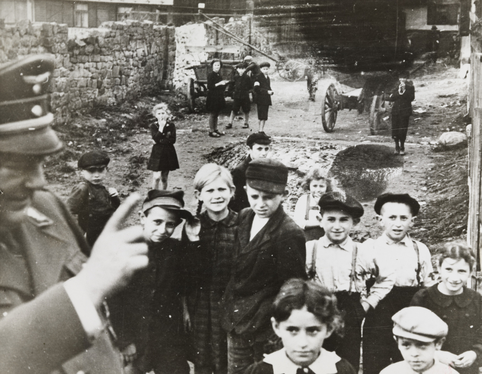 "Associated Press. ""A German Officer Lectures Children in the Ghetto in Lublin"". December 20, 1940"
