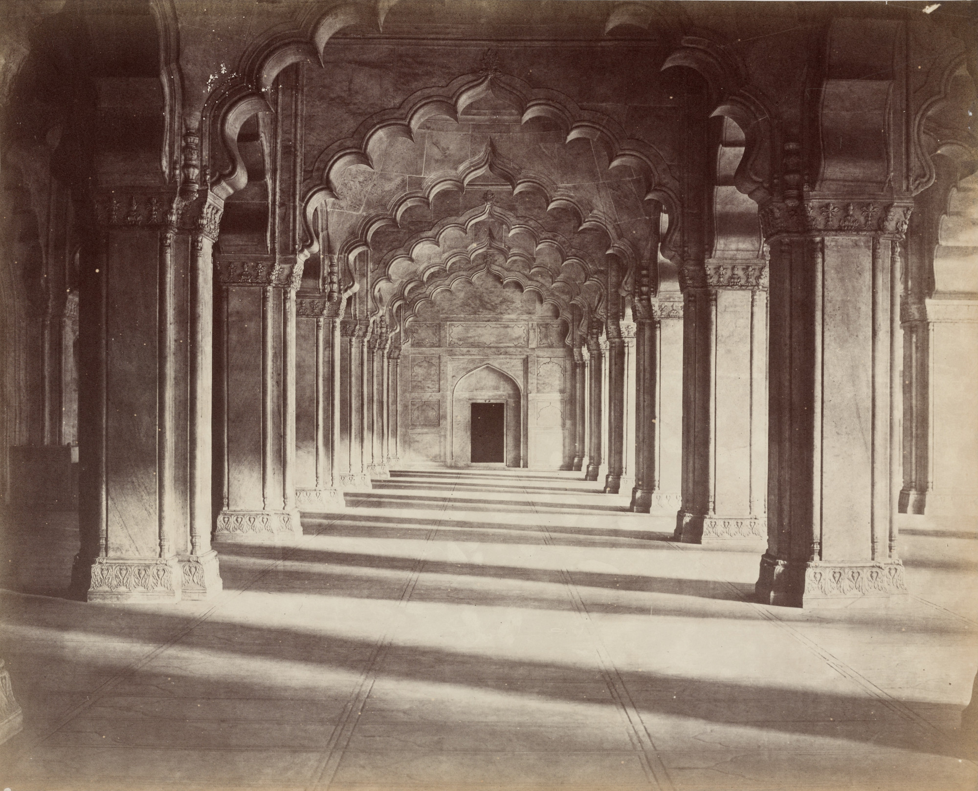 John Murray. Colonnade in the Pearl Mosque, Agra. c. 1856