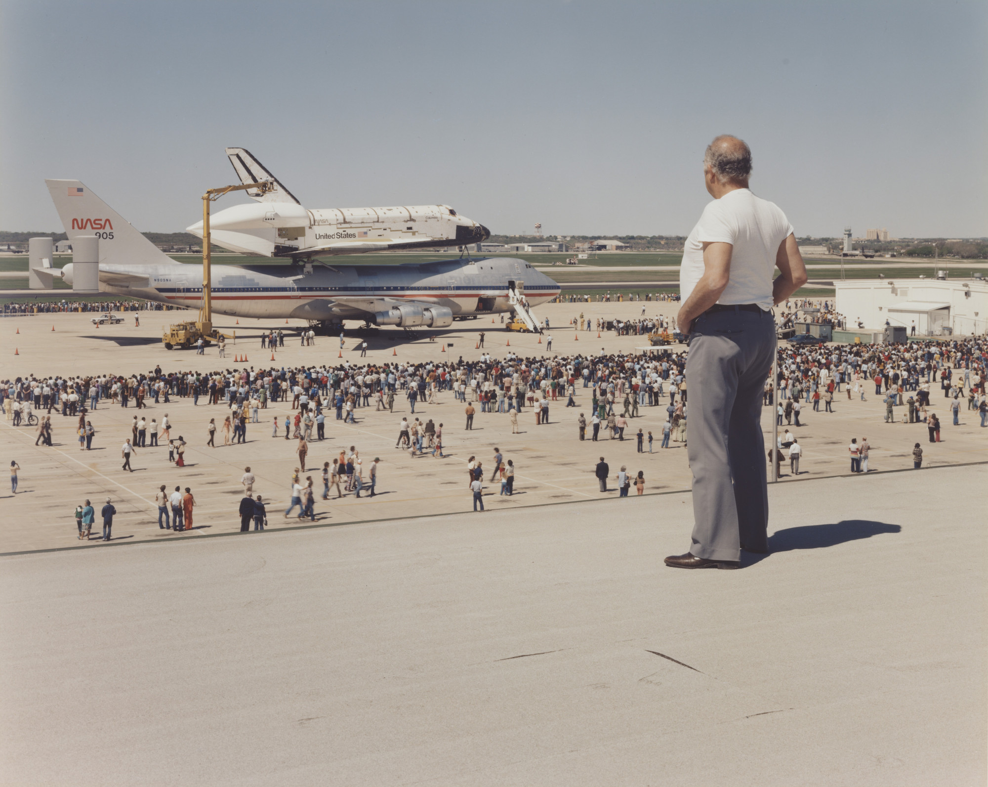 Joel Sternfeld. The Space Shuttle Columbia Lands at Kelly Lackland Air Force Base, San Antonio, Texas. March 1979
