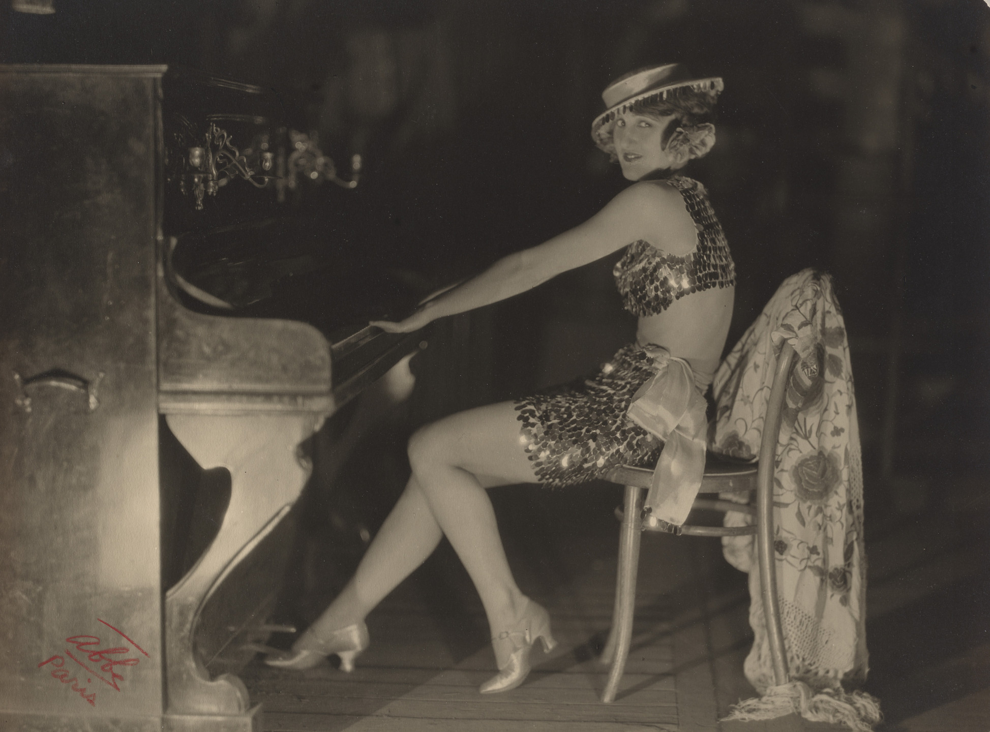 James Abbe. Dora Duby at the Champs Elysée Theater. c. 1919