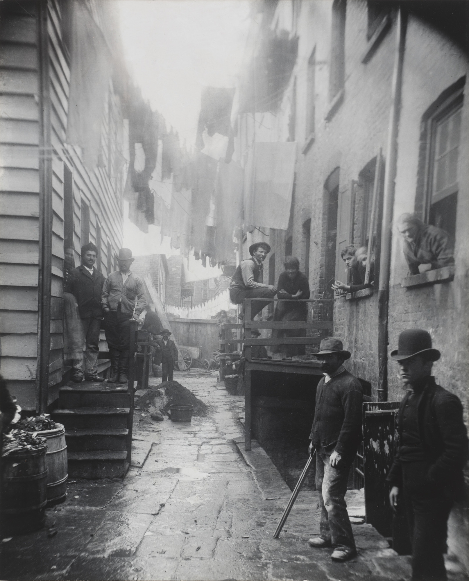 Jacob August Riis. Bandits' Roost, 59 1/2 Mulberry Street. 1888