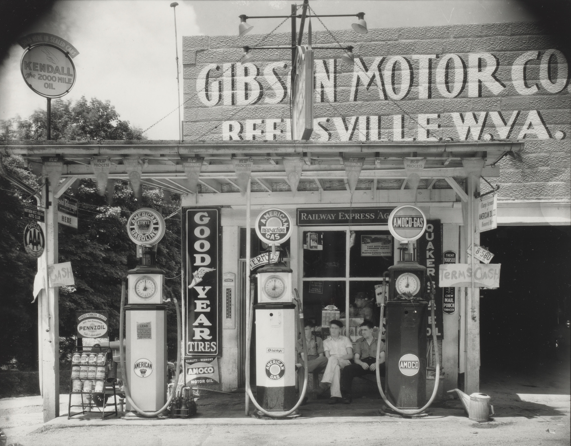 Walker Evans. Gas Station, Reedsville, West Virginia. June 1935