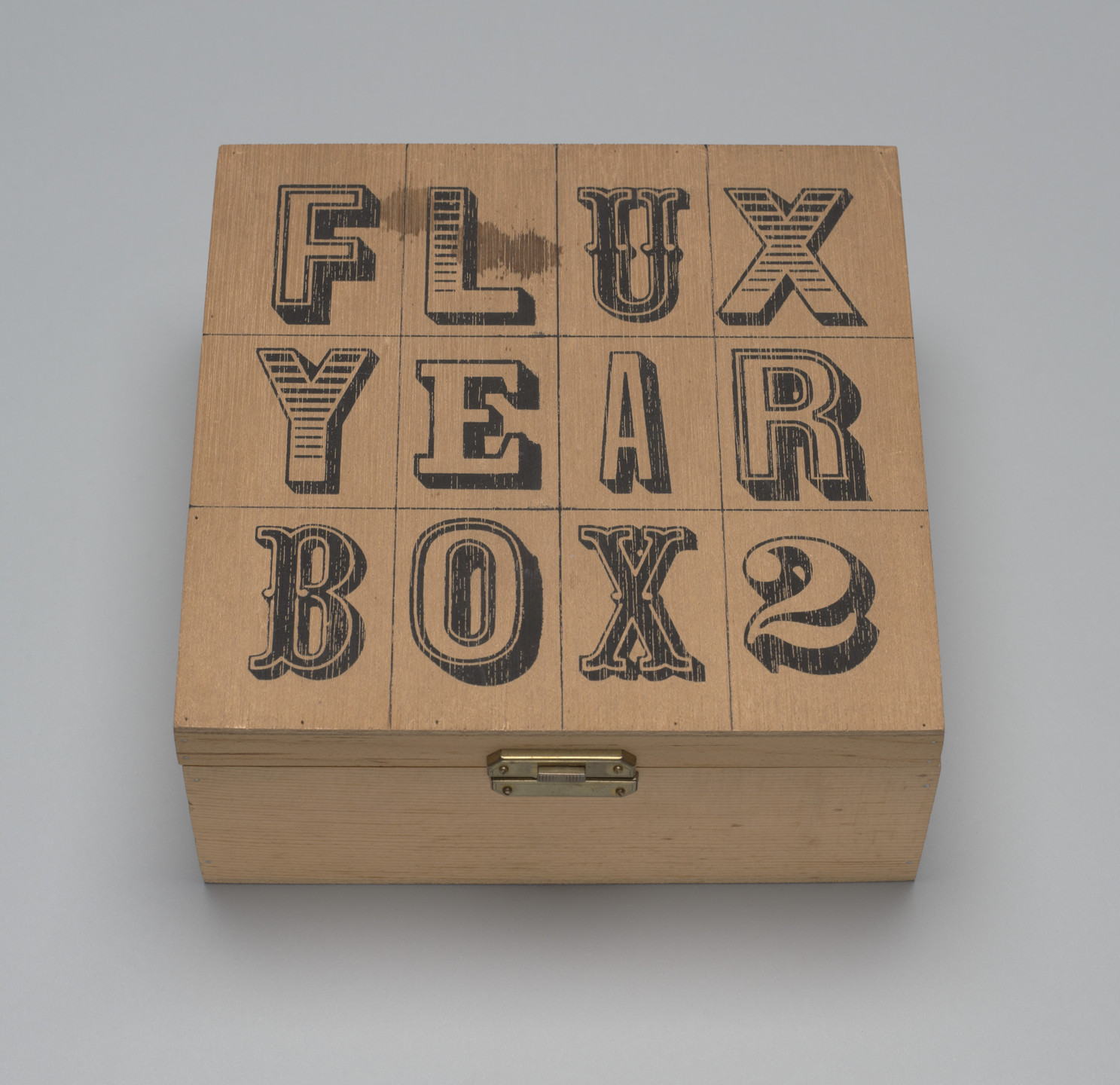 Various Artists, George Brecht, Willem de Ridder, Albert M. Fine, Ken Friedman, Shigeko Kubota, Frederic Lieberman, George Maciunas, Serge Oldenbourg, Benjamin Patterson, James Riddle, Paul Sharits, Bob Sheff, Daniel Spoerri, Stan VanDerBeek, Ben Vautier, Robert Watts. Flux Year Box 2. 1966/1978