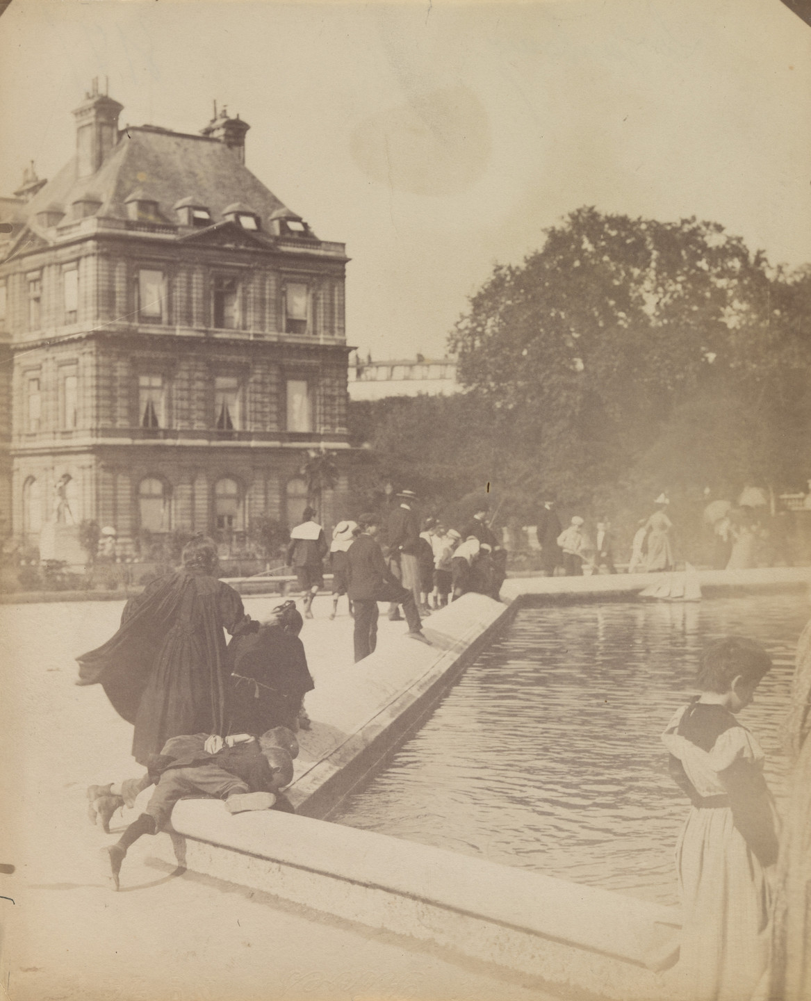 Eugène Atget. Luxembourg. 1899