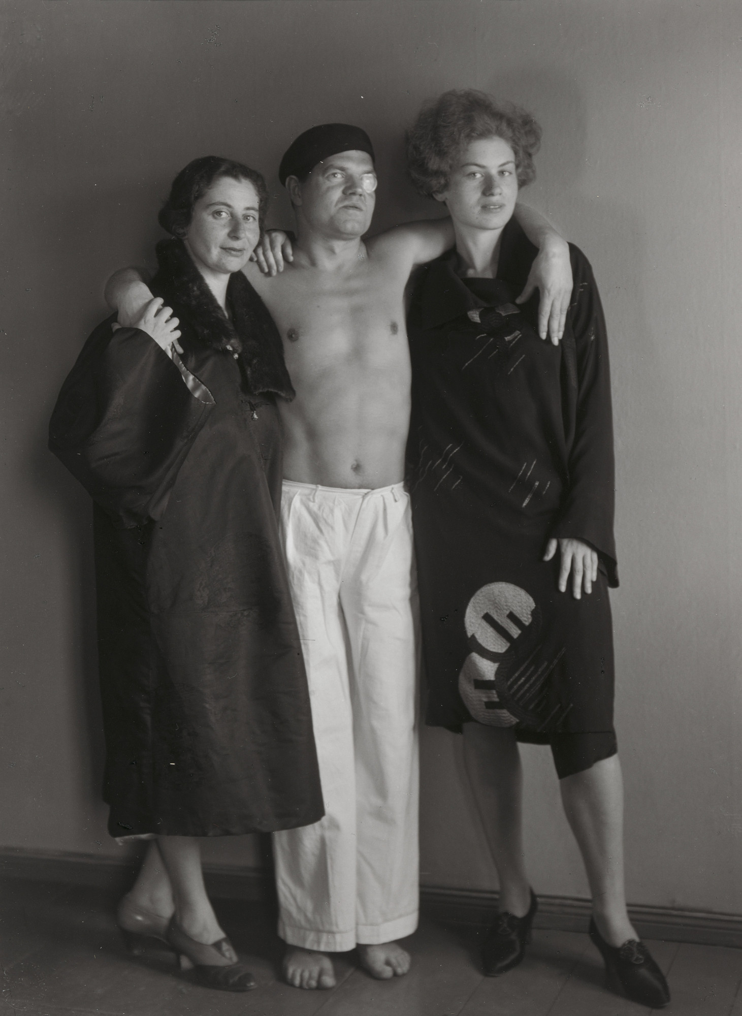 August Sander. The Dadaist Raoul Hausmann [with Hedwig Mankiewitz and Vera Broïdo]. 1929