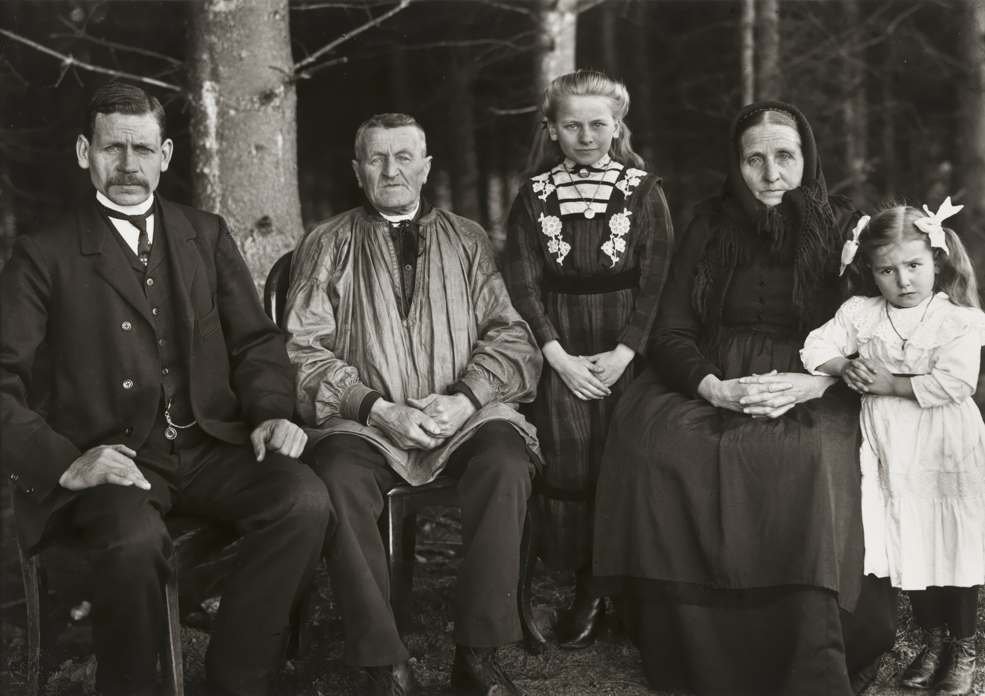 August Sander. Three Generations of the Family. 1912