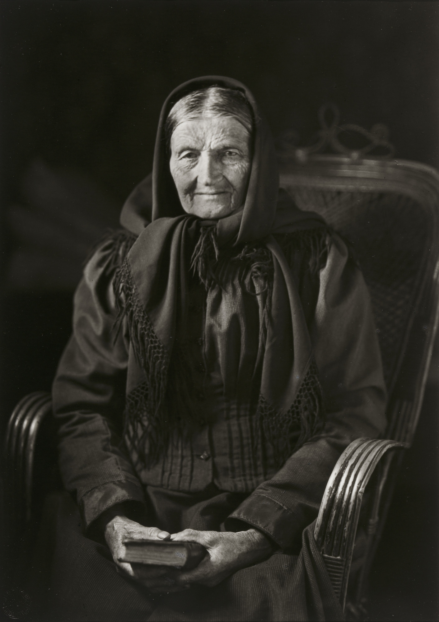August Sander. The Woman of the Soil. 1912