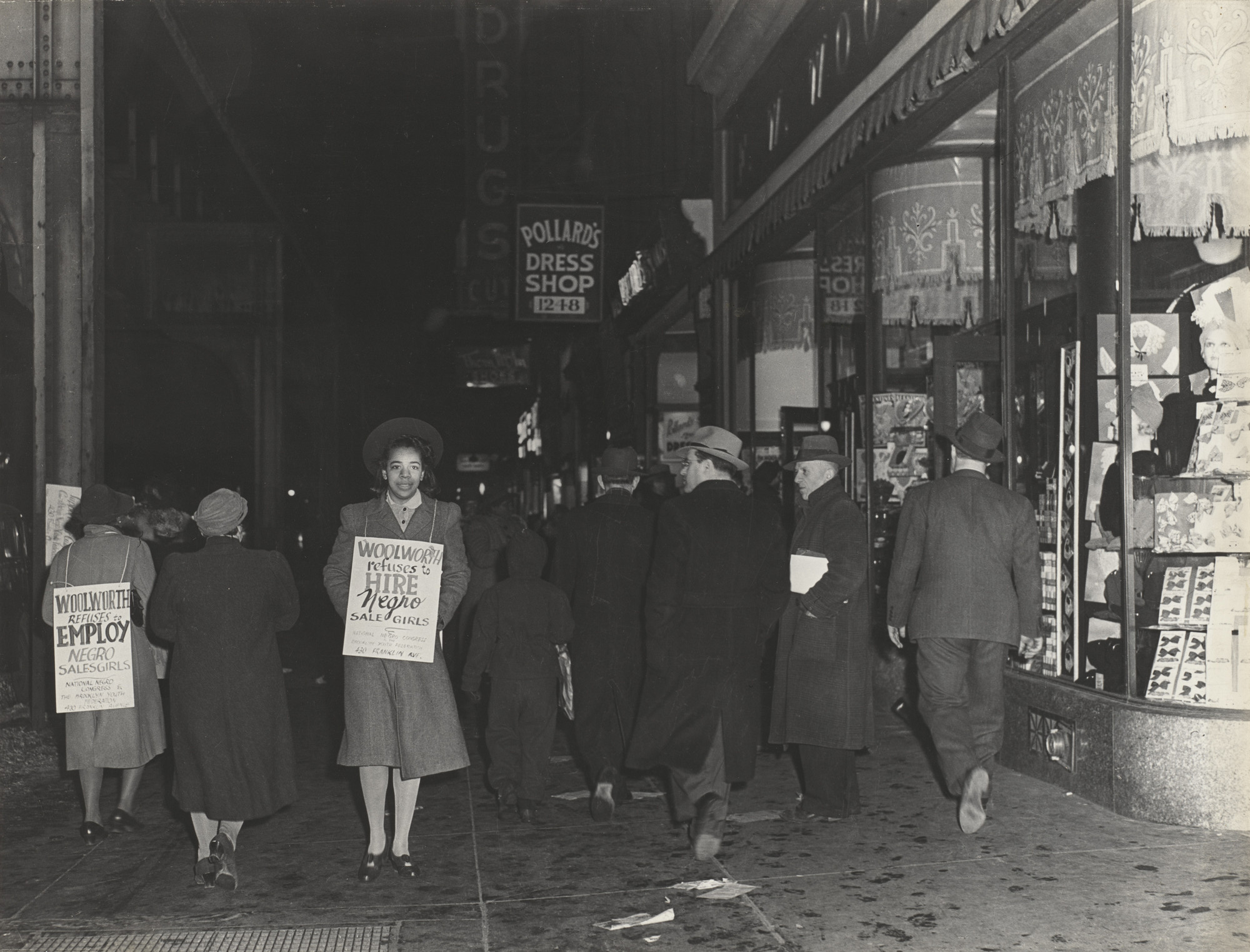 Joseph Schwartz. Does Discriminate, First Black Women to Picket Chain for Jobs, Brooklyn, New York. c. 1940