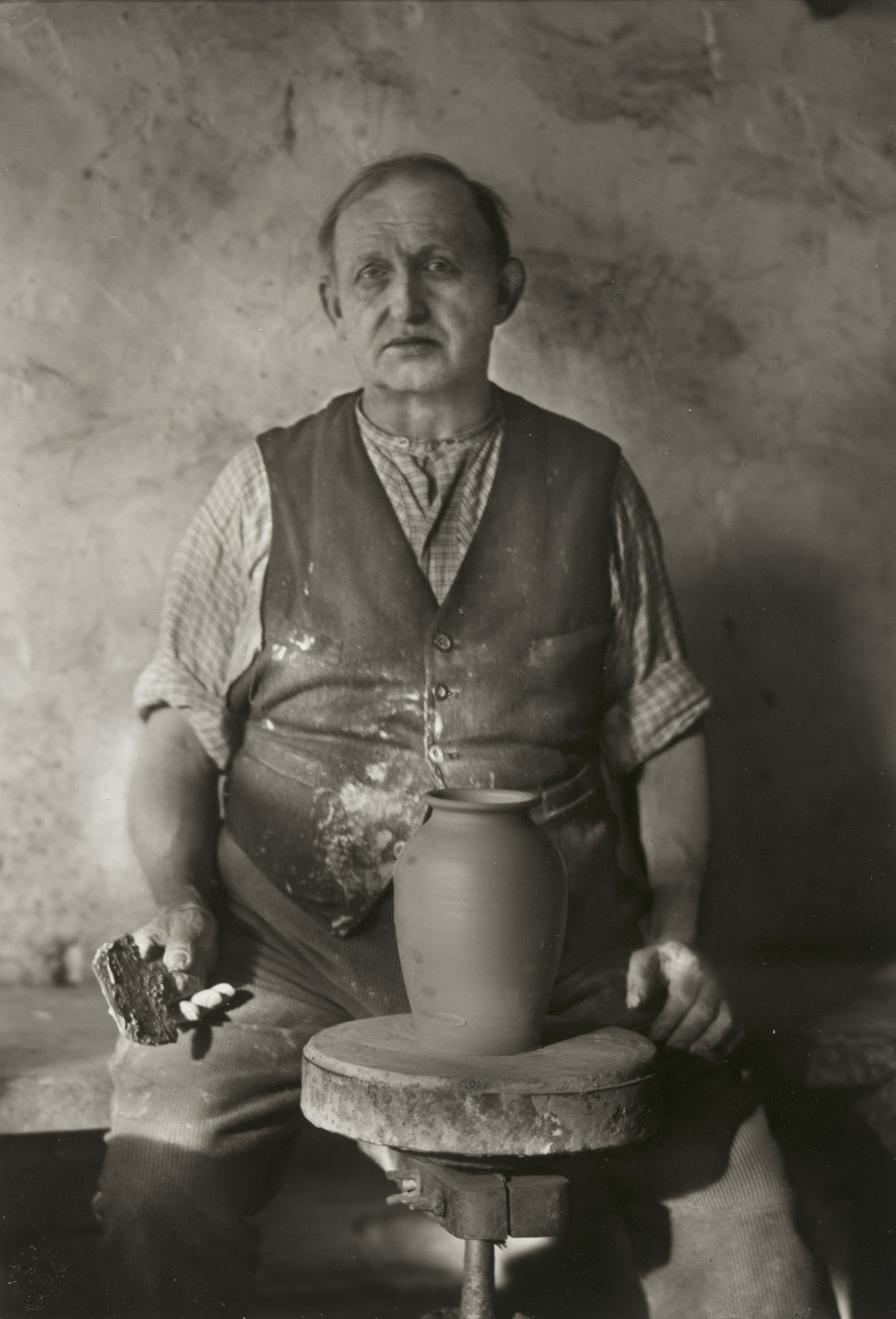 August Sander. Master Potter from Frechen. 1934