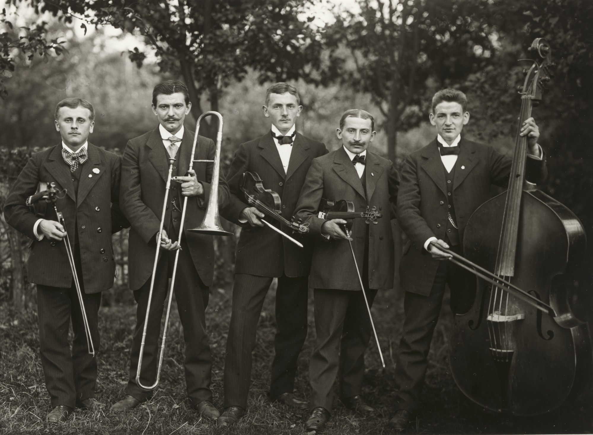 August Sander. Country Band. 1913