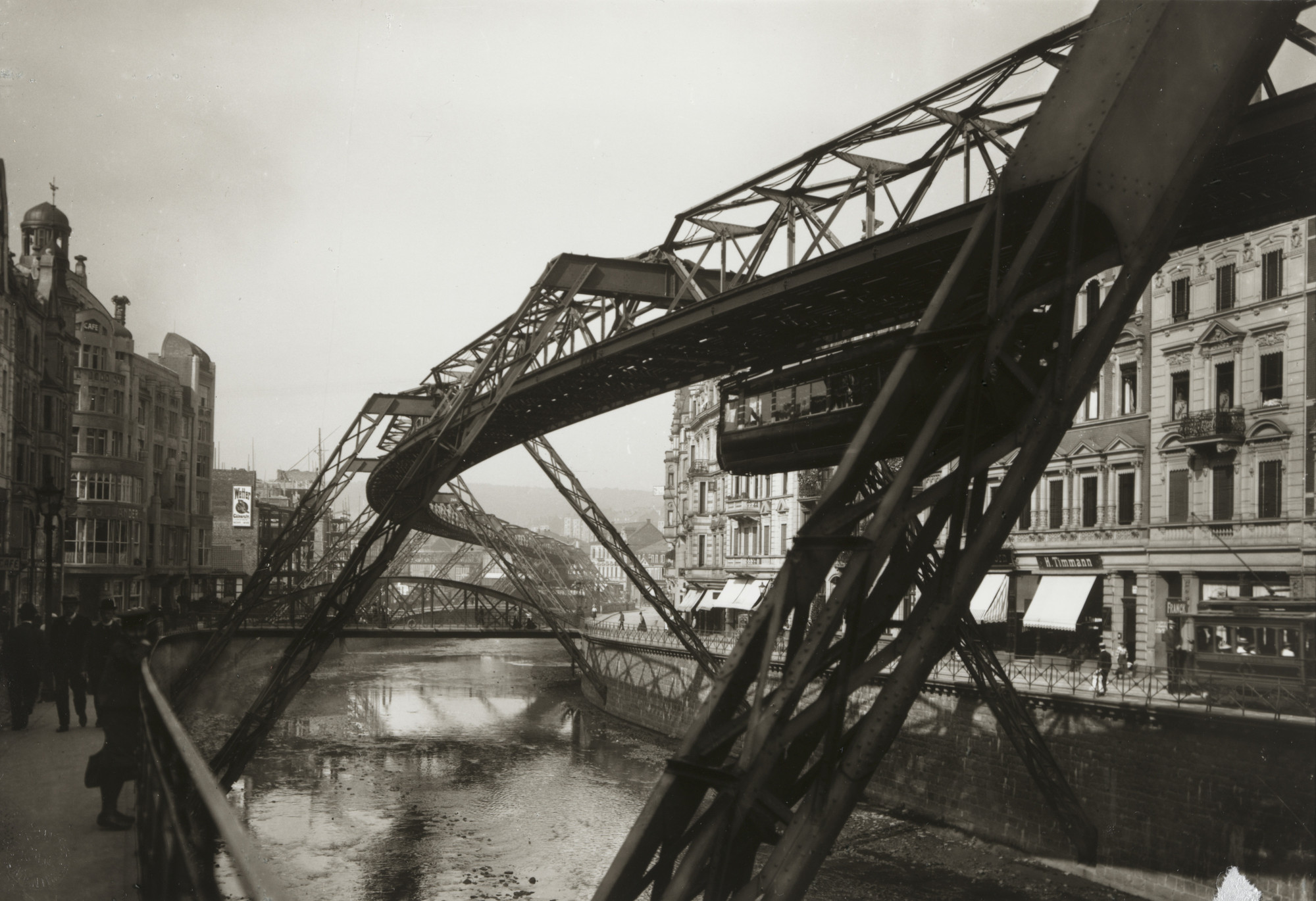 August Sander. Suspension Railway, Elberfeld. 1913