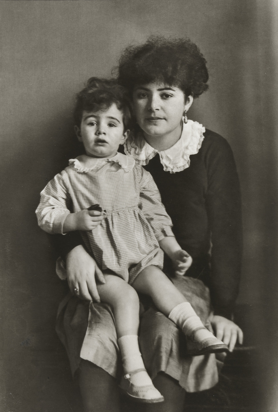 August Sander. Mother and Daughter. 1931