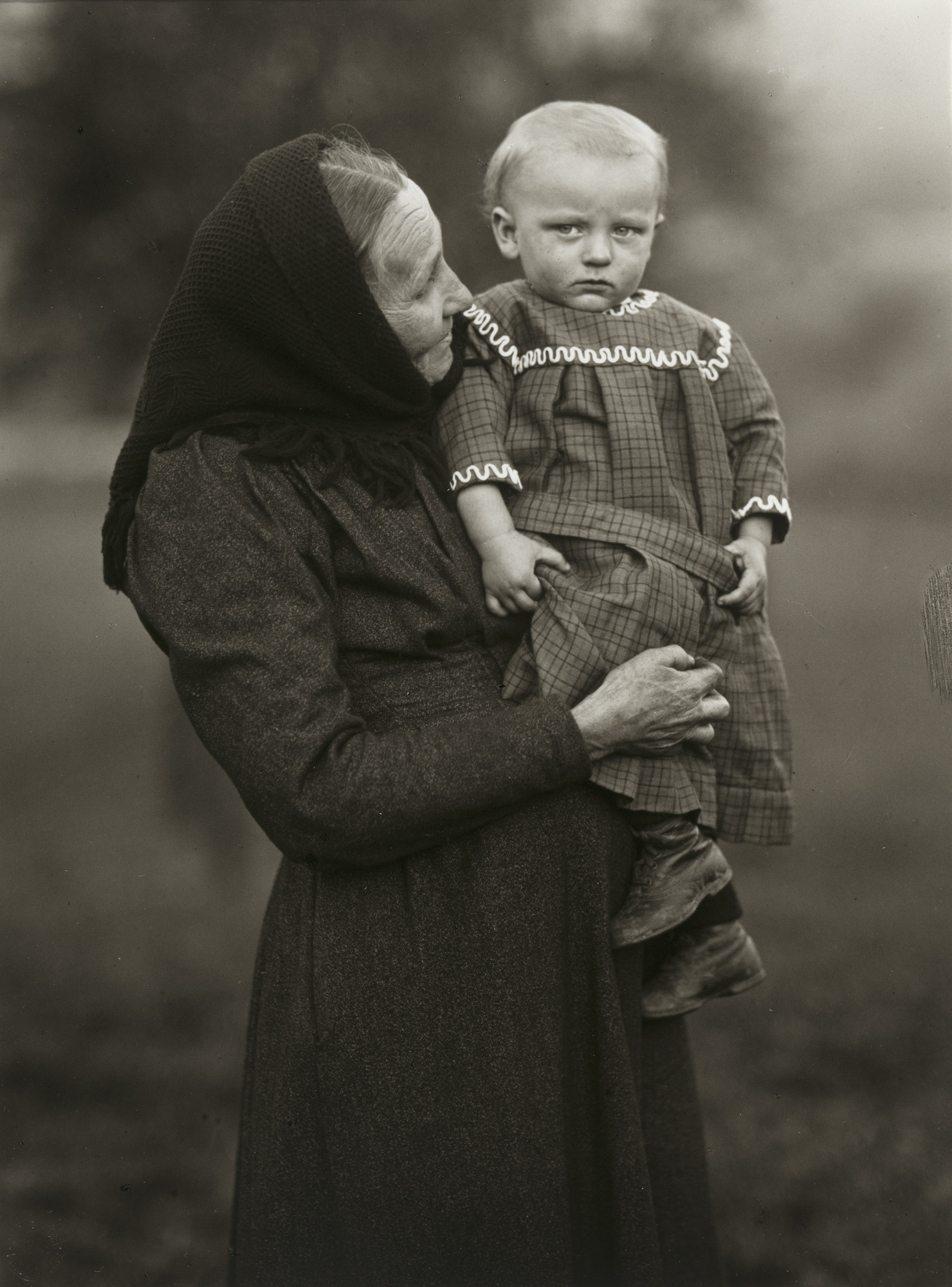 August Sander. Grandmother and Grandchild. 1913