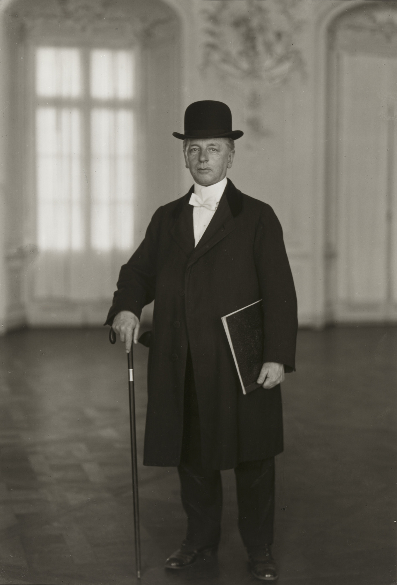 August Sander. The Pianist [Max van de Sandt]. c. 1925
