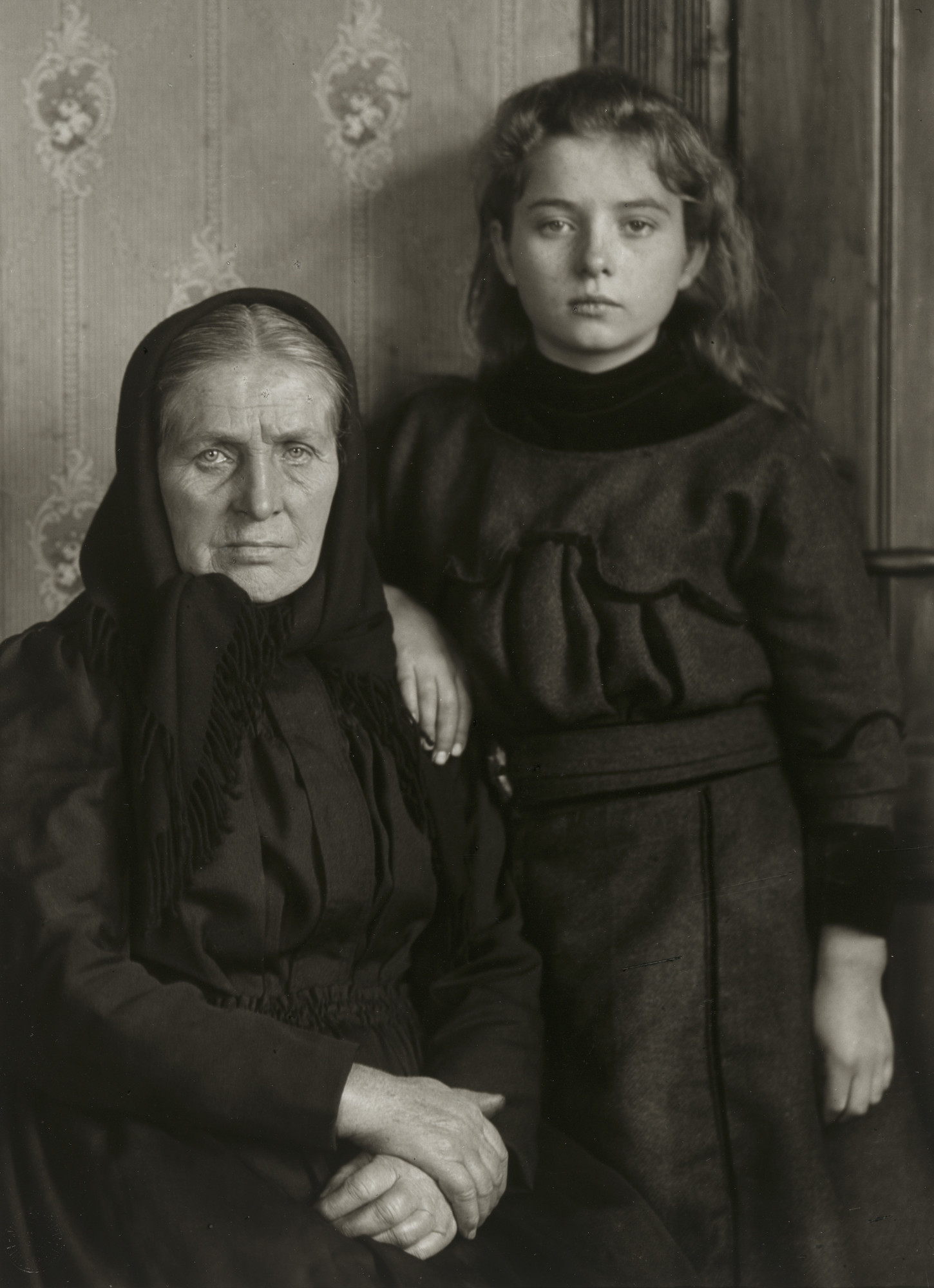 August Sander. Grandmother and Granddaughter. 1911-14