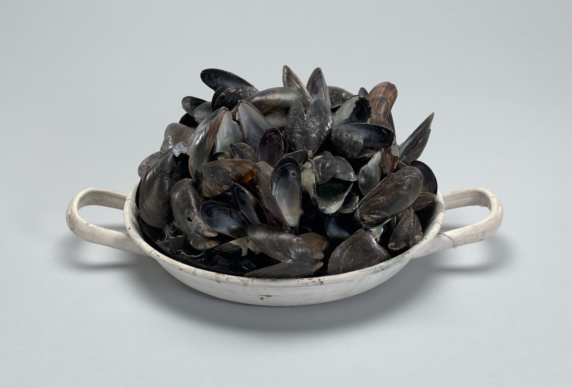 Marcel Broodthaers. Pot of Mussels. 1968