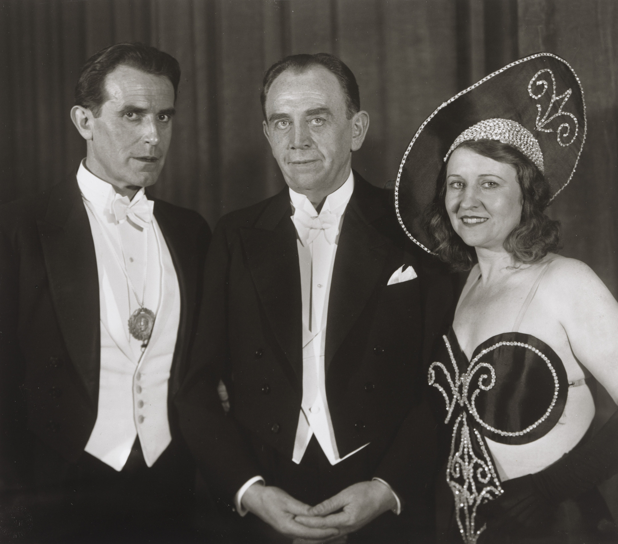 August Sander. Stage Performers [Carl de Vogt, Willi Ostermann, Trude Alex]. 1932
