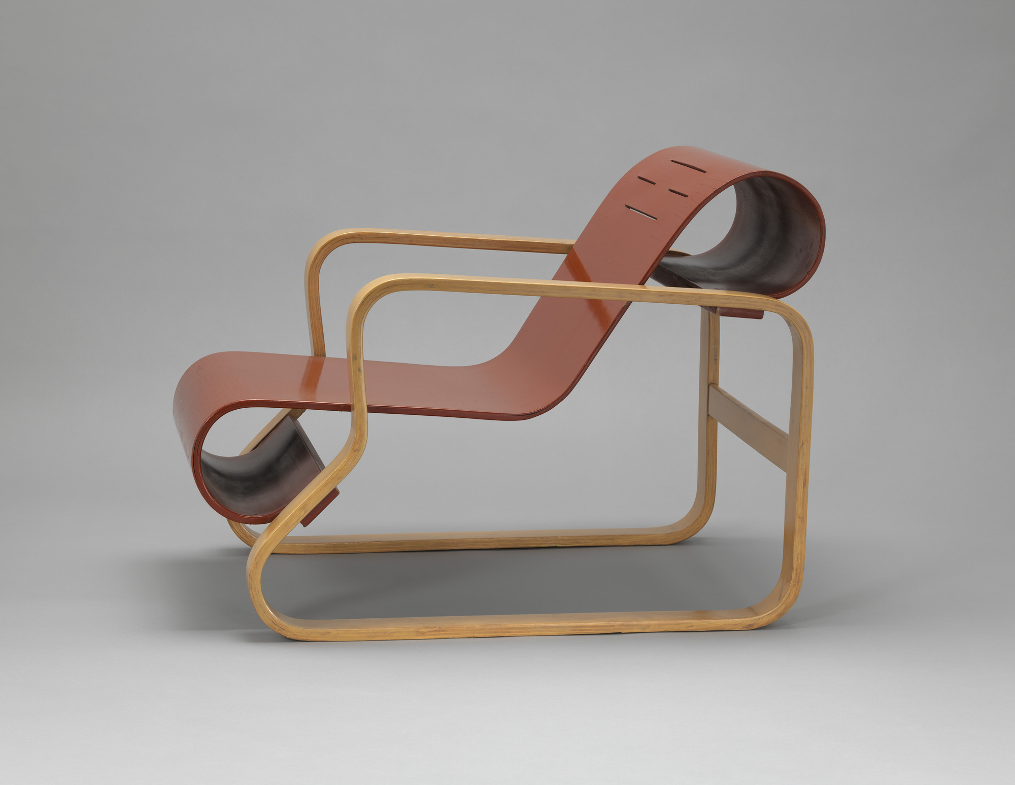 Alvar Aalto. Paimio Lounge Chair (model 41). 1931-1932