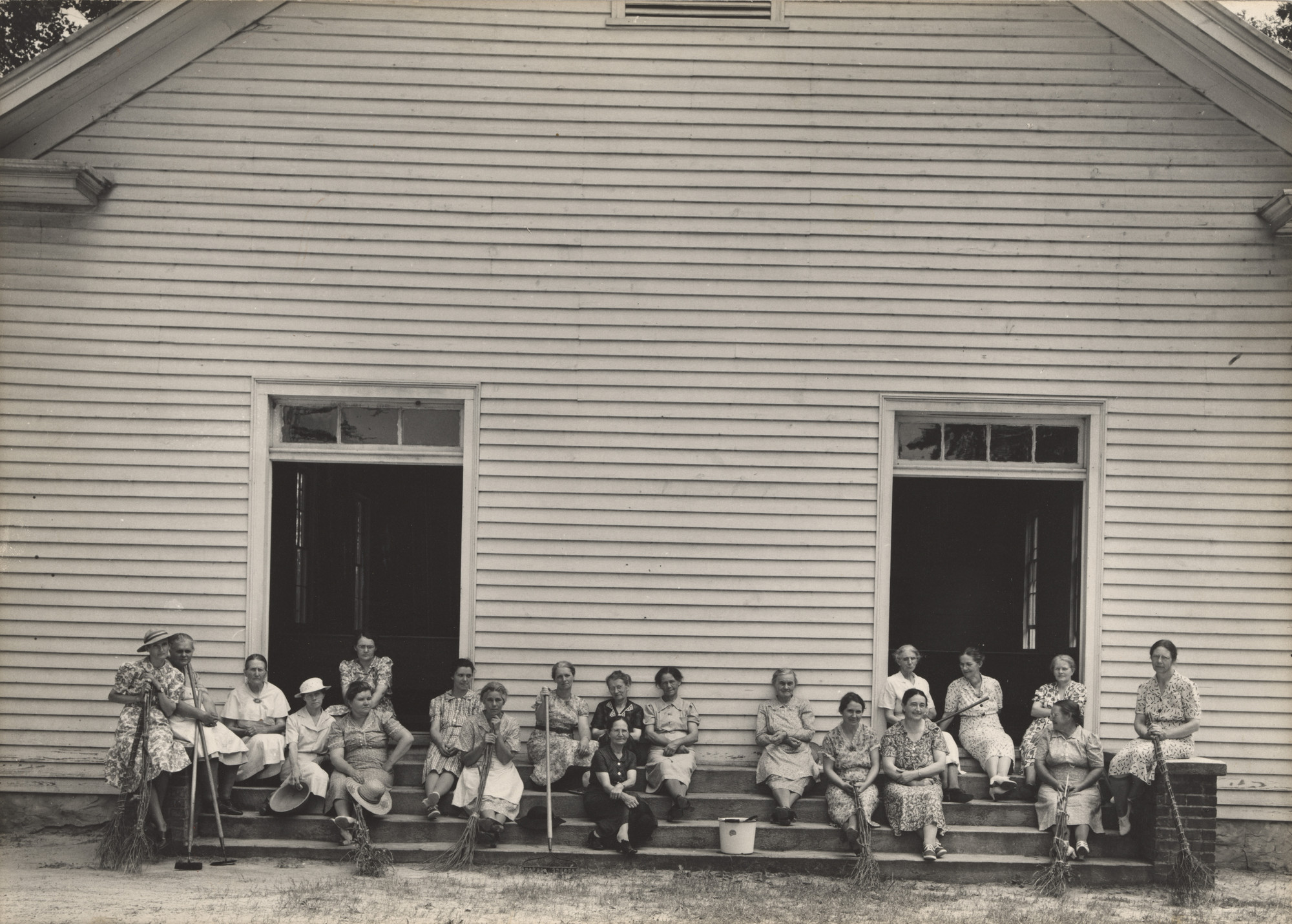 Dorothea Lange. Women of the Congregation. July 1939