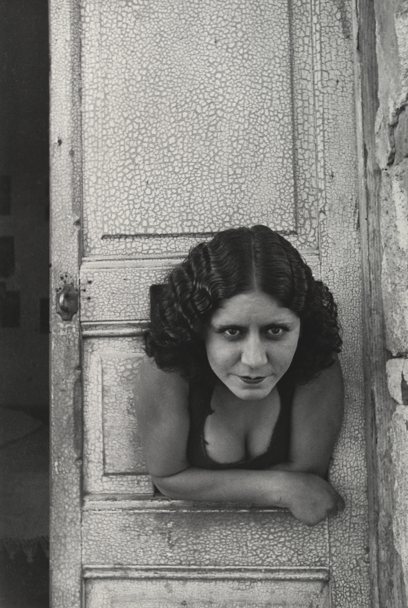 Henri Cartier-Bresson. Calle Cuauhtemoctzin, Mexico City. 1934-35 (printed 1947 by LECO Photo Services)
