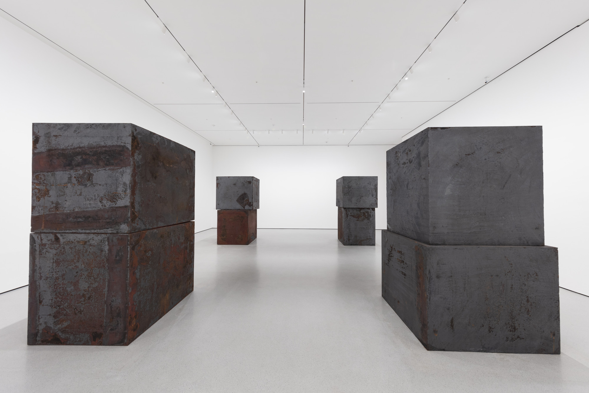 Richard Serra. Equal. 2015