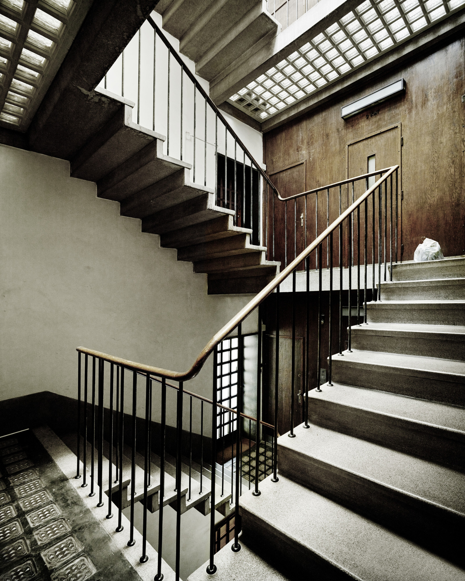 Valentin Jeck, Drago Galić. Apartment Building of the Military Directorate, Zagreb, Croatia (Interior view of the staircase). 2016