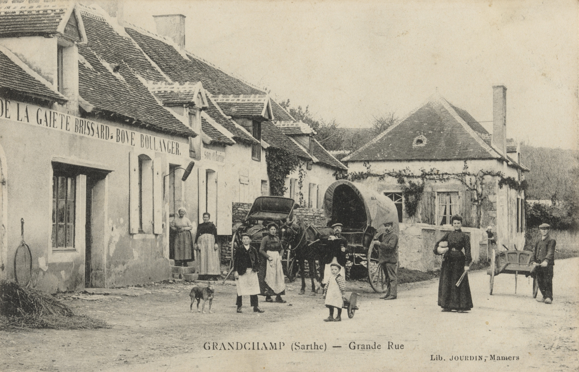 Unknown photographer. Boulangerie Bove, Grandchamp (Sarthe). 1906