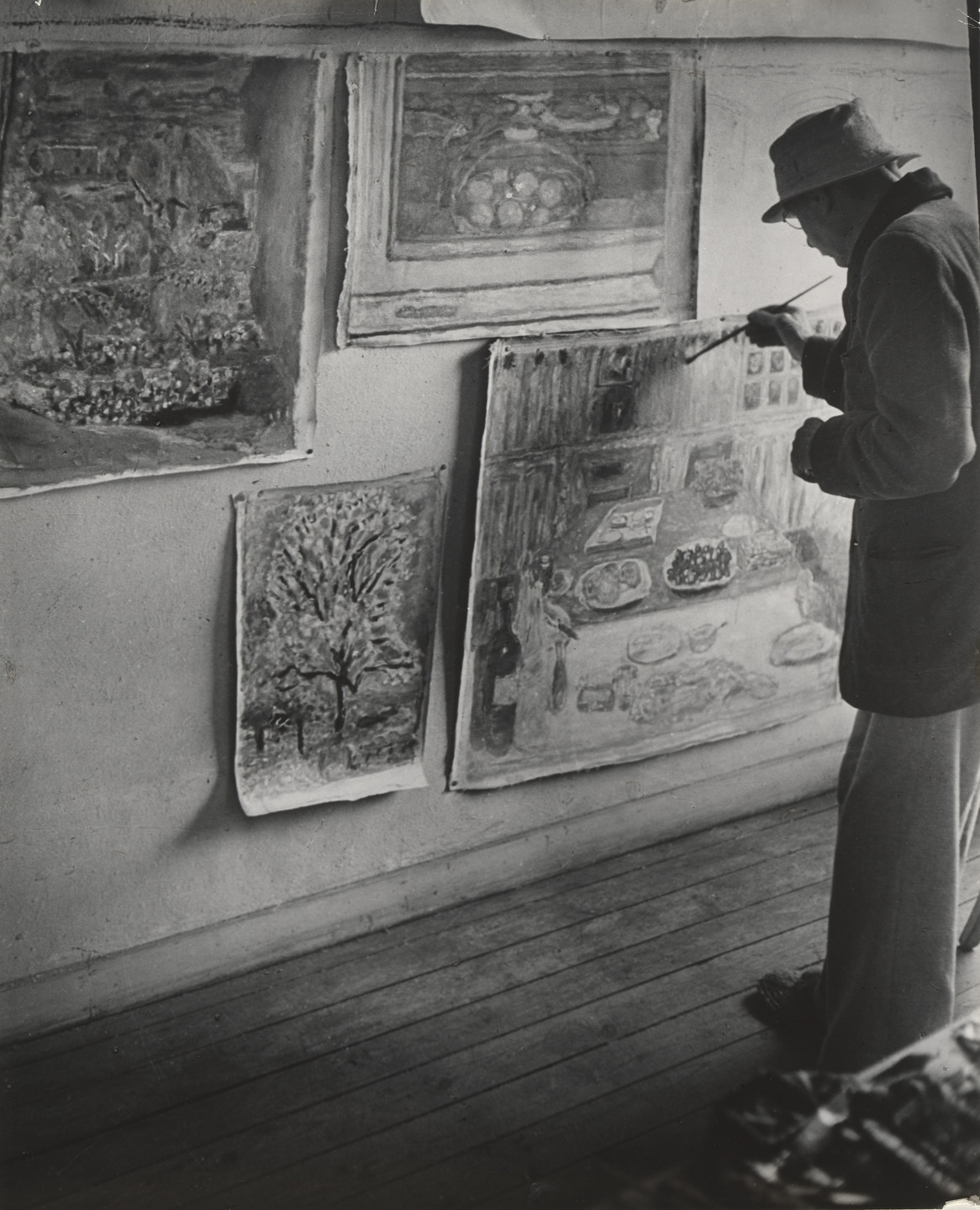 Brassaï (Gyula Halász). Pierre Bonnard in His Studio. (Bonnard dans son atelier, Le Cannet). 1946