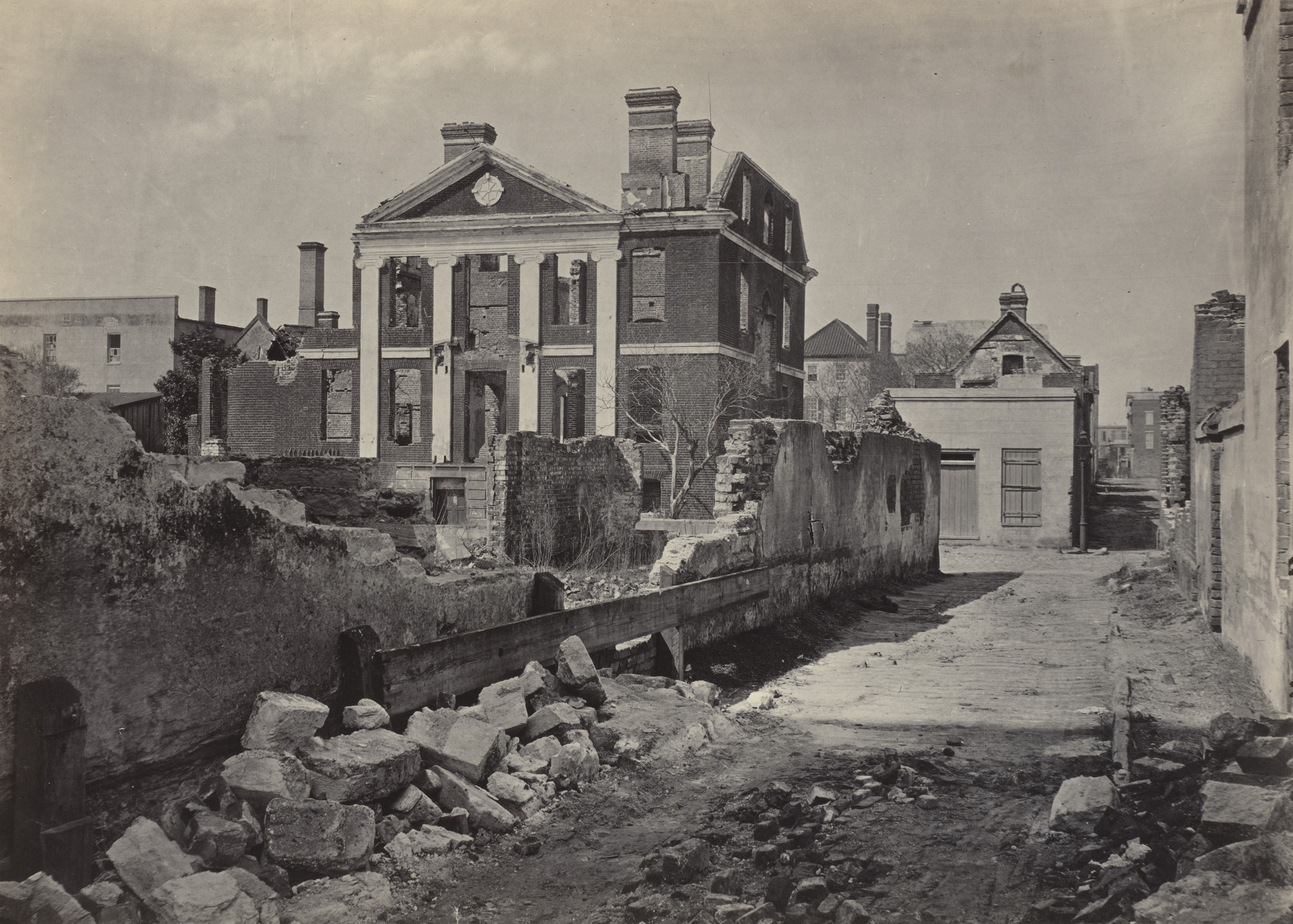 George Barnard. Ruins of the Pinckney Mansion, Charleston from the album Photographic Views of Sherman's Campaign. 1864-65