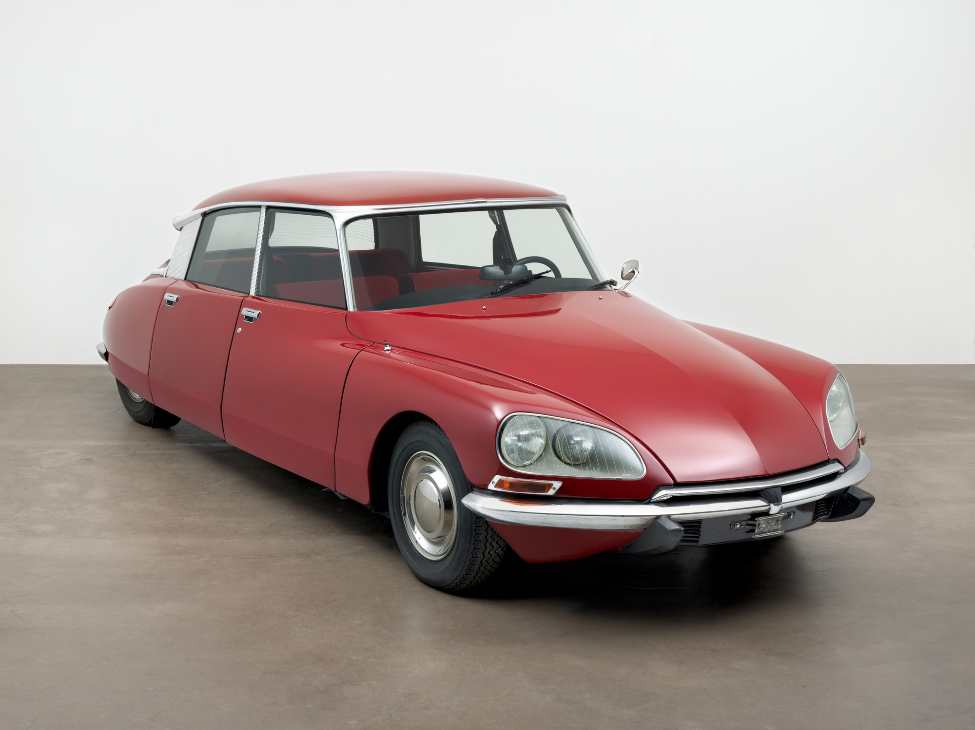 Flaminio Bertoni, André Lefèbvre, Paul Magès, Robert Opron. DS 23 sedan. designed 1954-1967 (this example 1973)