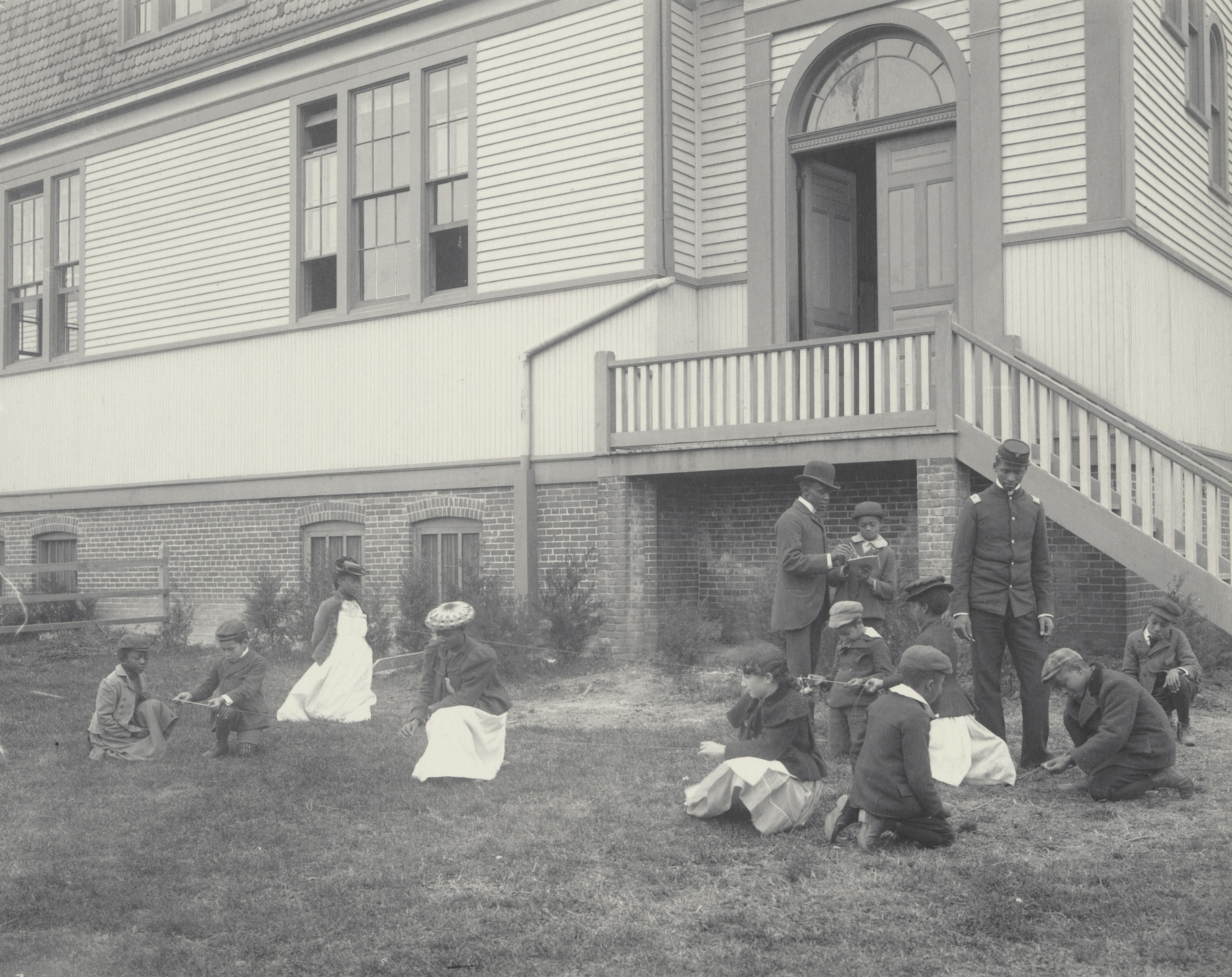 Frances Benjamin Johnston. An arithmetic lesson at the Whittier. 1899-1900