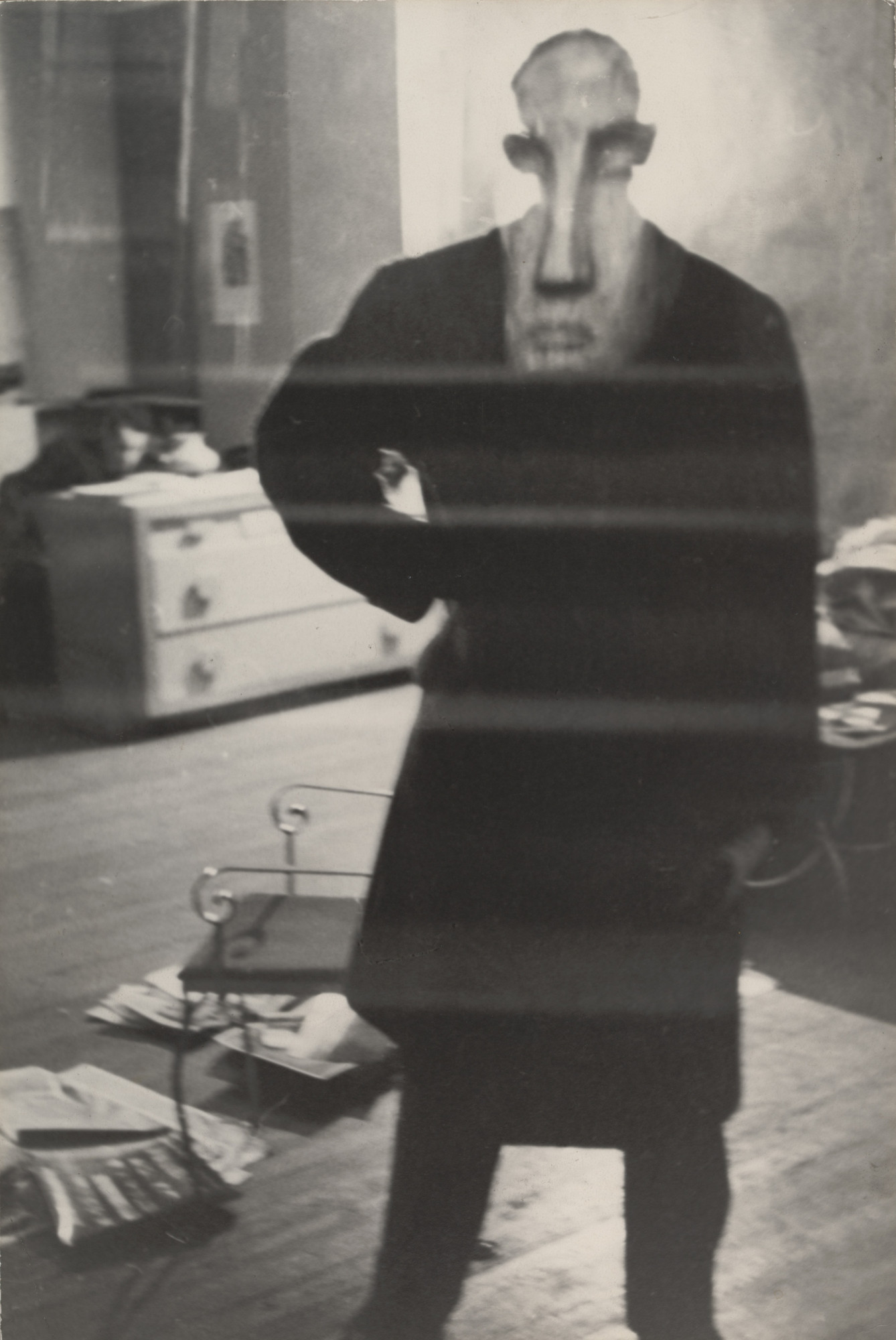 Louis Faurer. George Barrows in Robert Frank's Loft, New York. 1948