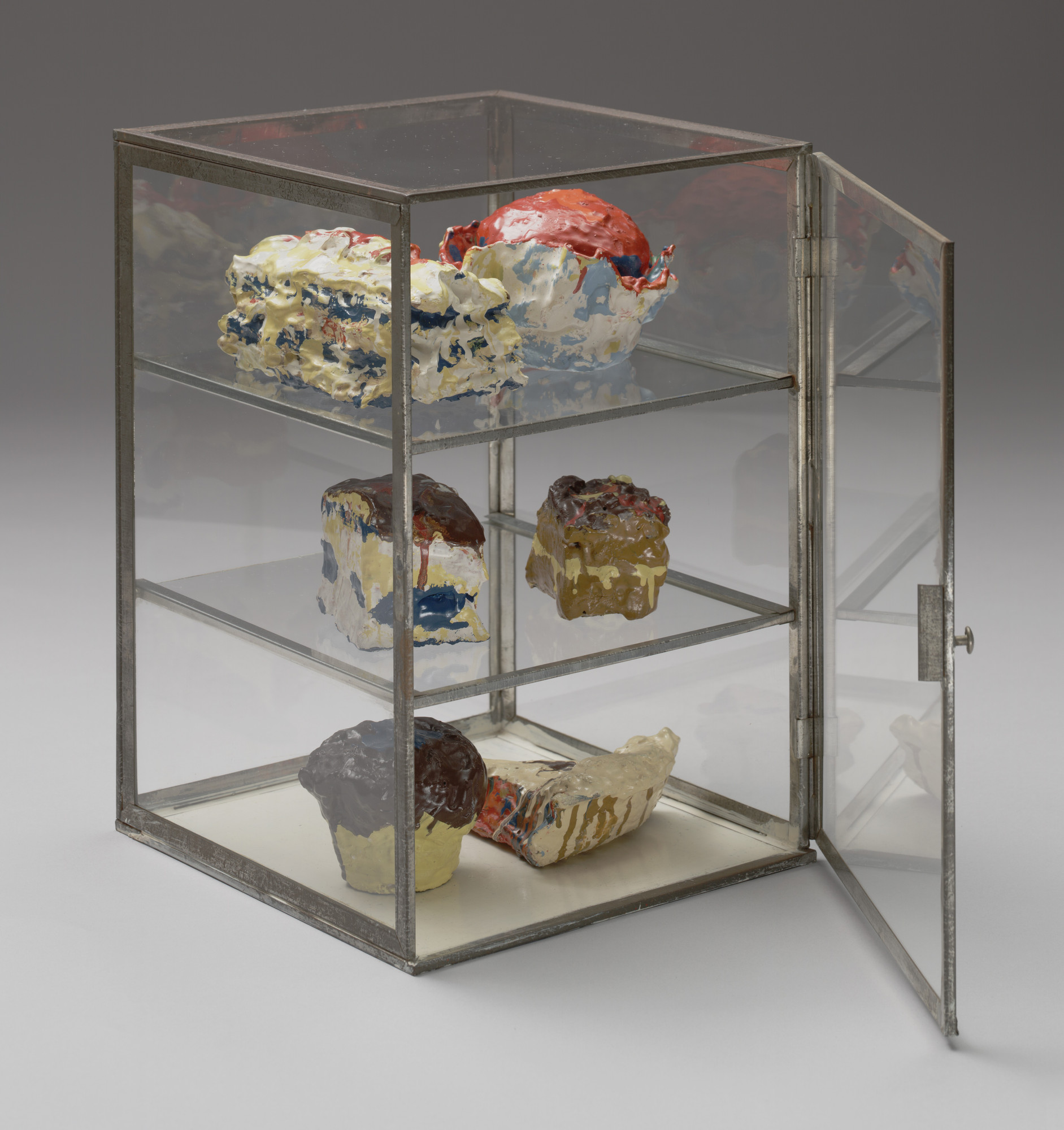 Claes Oldenburg. Pastry Case. 1961