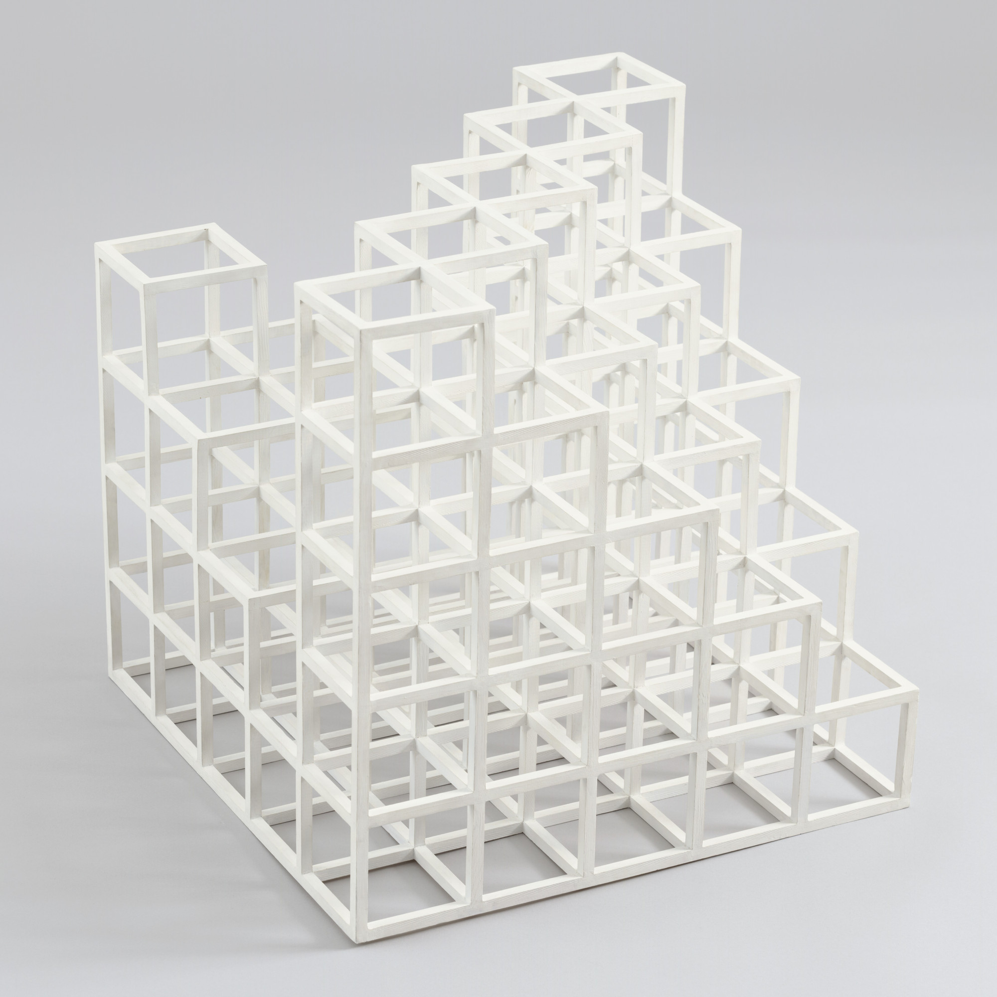 Sol LeWitt. Cubic Construction: Diagonal 4, Opposite Corners 1 and 4 Units. 1971